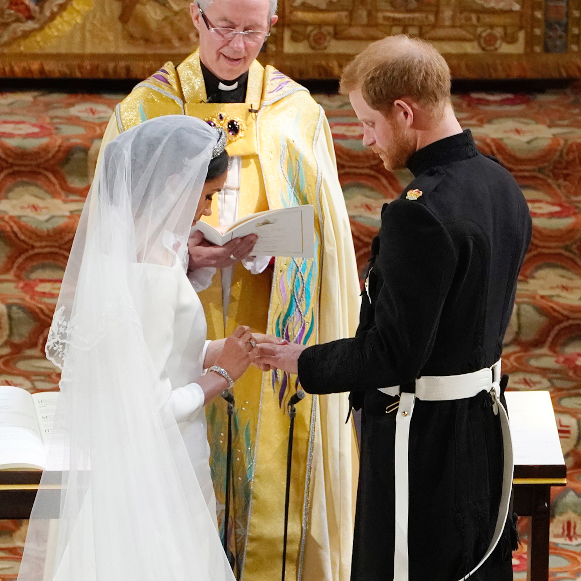 https://s3.amazonaws.com/arc-wordpress-client-uploads/infobae-wp/wp-content/uploads/2018/05/19180812/GENTE-boda-real-principe-harry-meghan-markle-alianzas.jpg