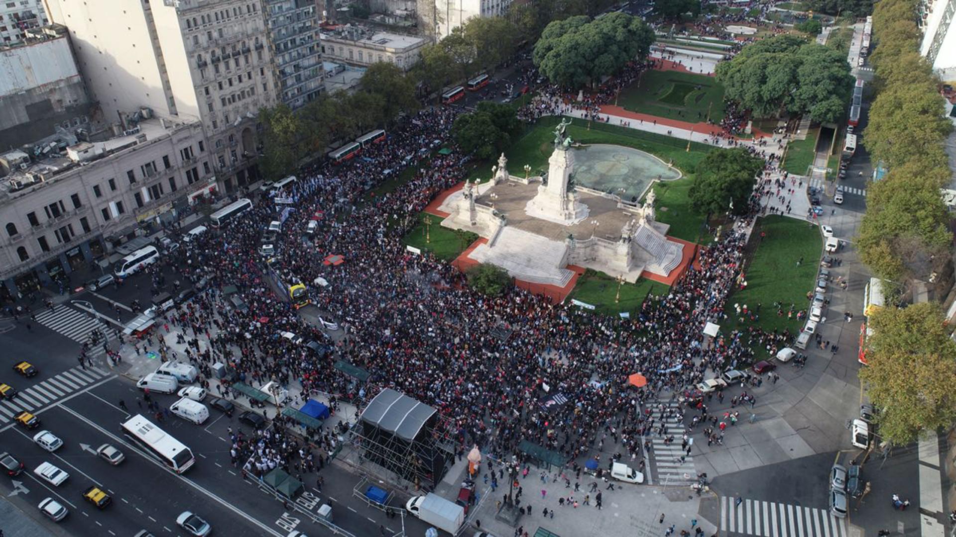 La marcha a favor de la vida ocupó el centro de la Capital Federal