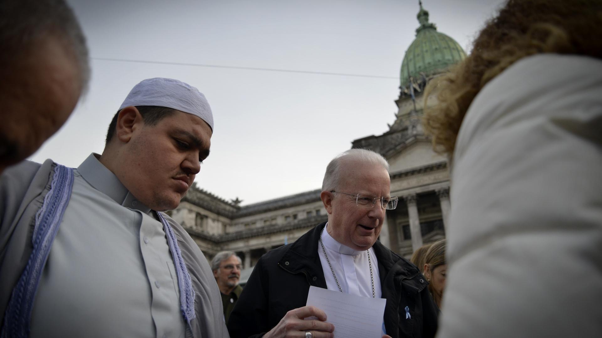 La Campaña Nacional por el Derecho al Aborto Legal, Seguro y Gratuito en Argentina presentó en marzo pasado un proyecto de ley con la firma de 71 legisladores