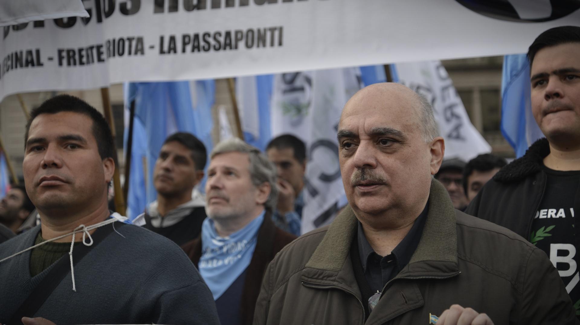 También estuvo en la marcha Alejandro Biondini, referente de distintas agrupaciones nacionalistas
