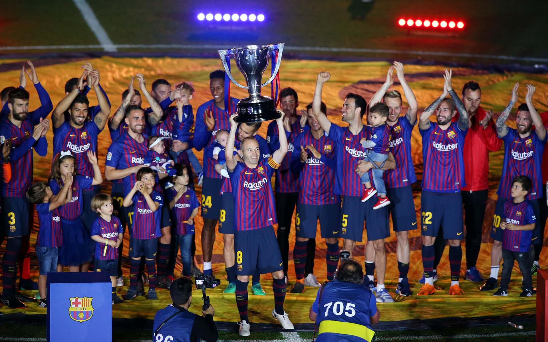 """""""Mi último partido con mi gente. Muchas emociones pero orgulloso de vivir un momento así. Siempre Barça!"""", había escrito antes del cotejo"""