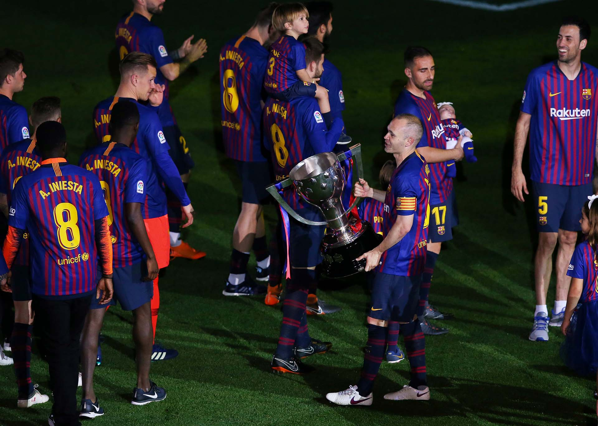 Crédito EFE-Reuters-AP-EFE