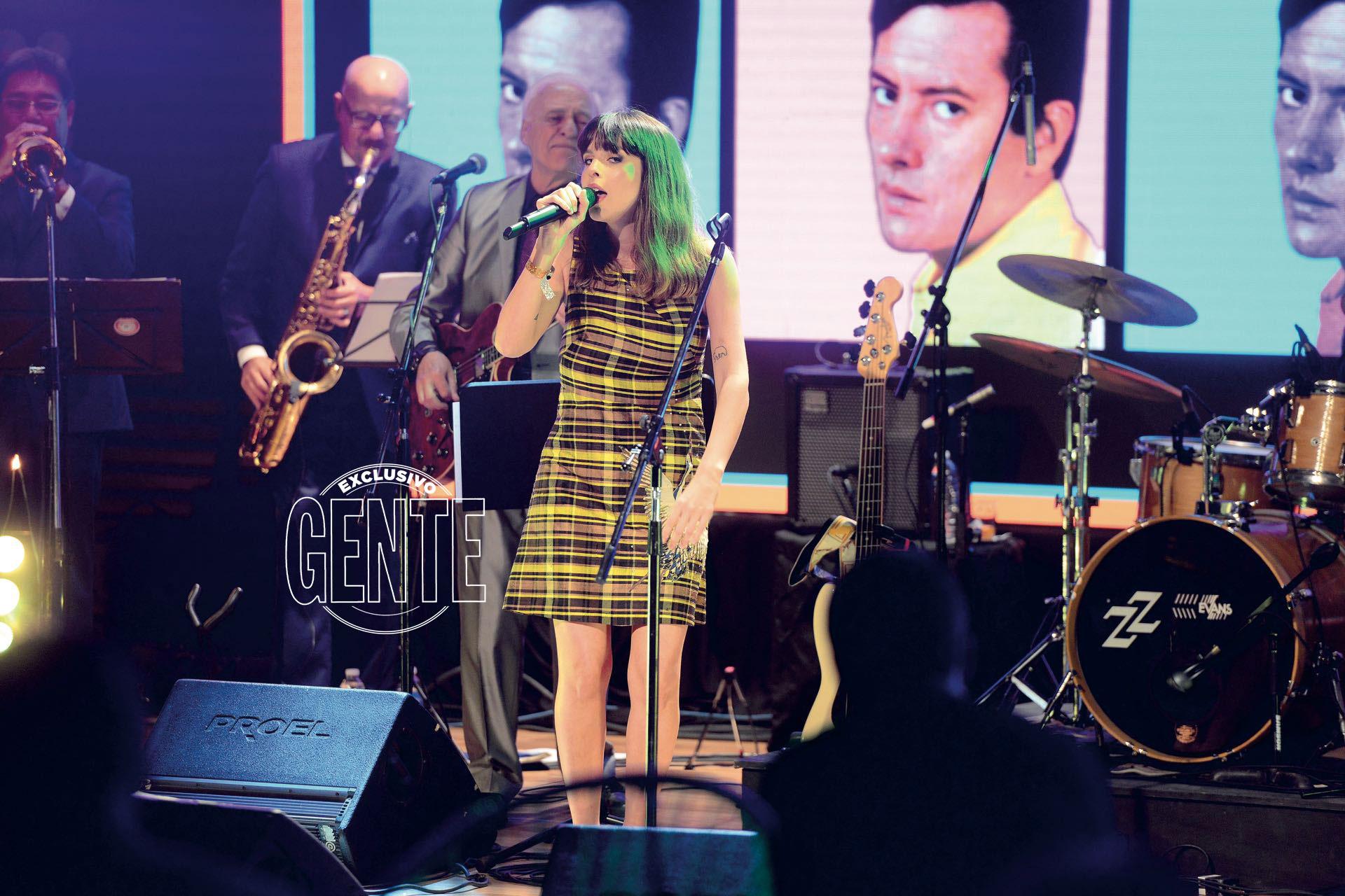 Rosario Ortega sobre el escenario. (Foto Diego Soldini/GENTE)