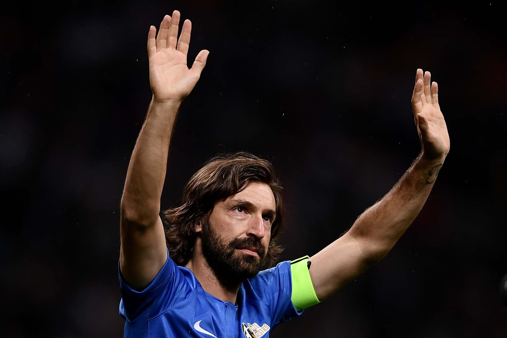 Andrea Pirlo fue ovacionado por el estadio Giuseppe Meazza en su adiós al fútbo (AFP)