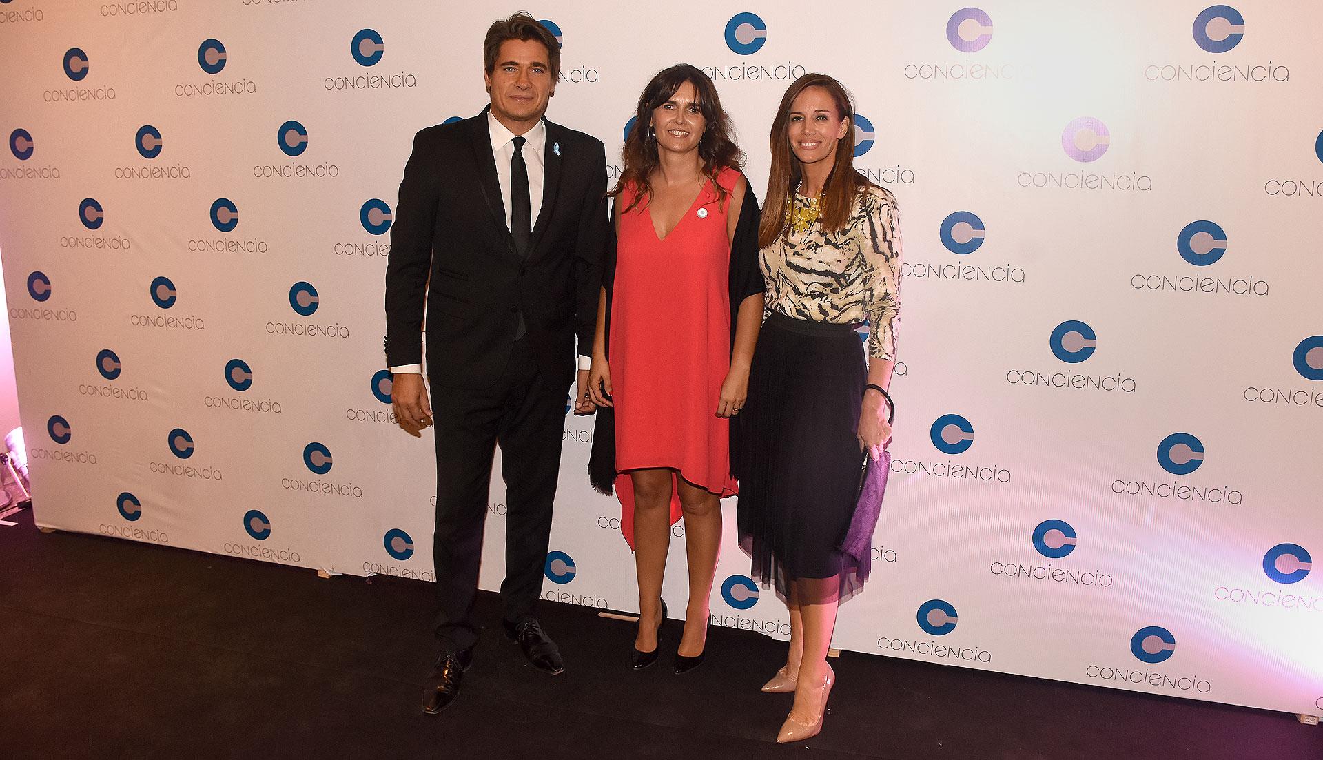 Guillermo Andino y Carolina Prat junto a Beby Lacroze /// Fotos: Nicolás Stulberg
