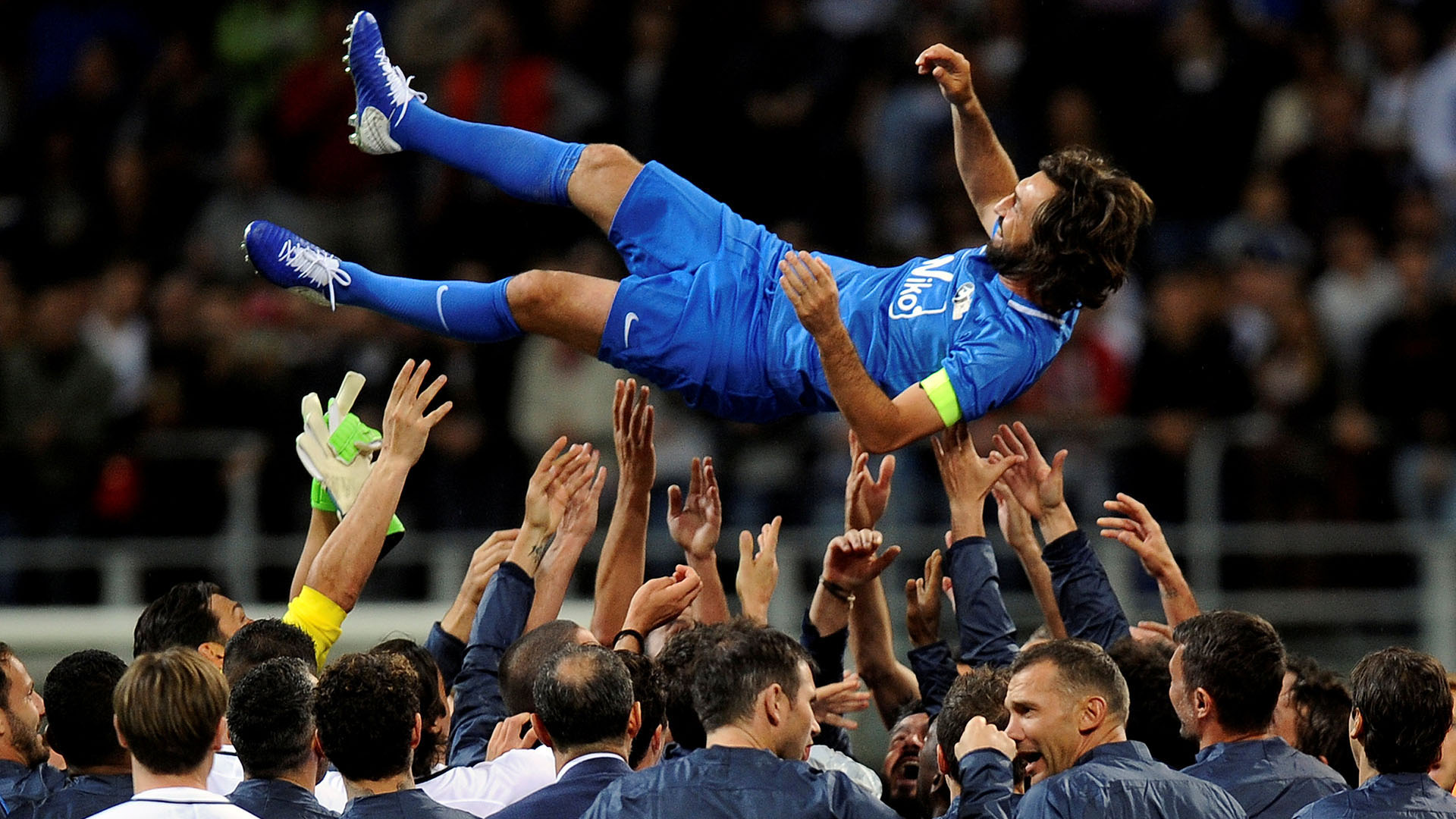 Andrea Pirlo tuvo su despedida del fútbol profesional con un partido en San Siro (Reuters)