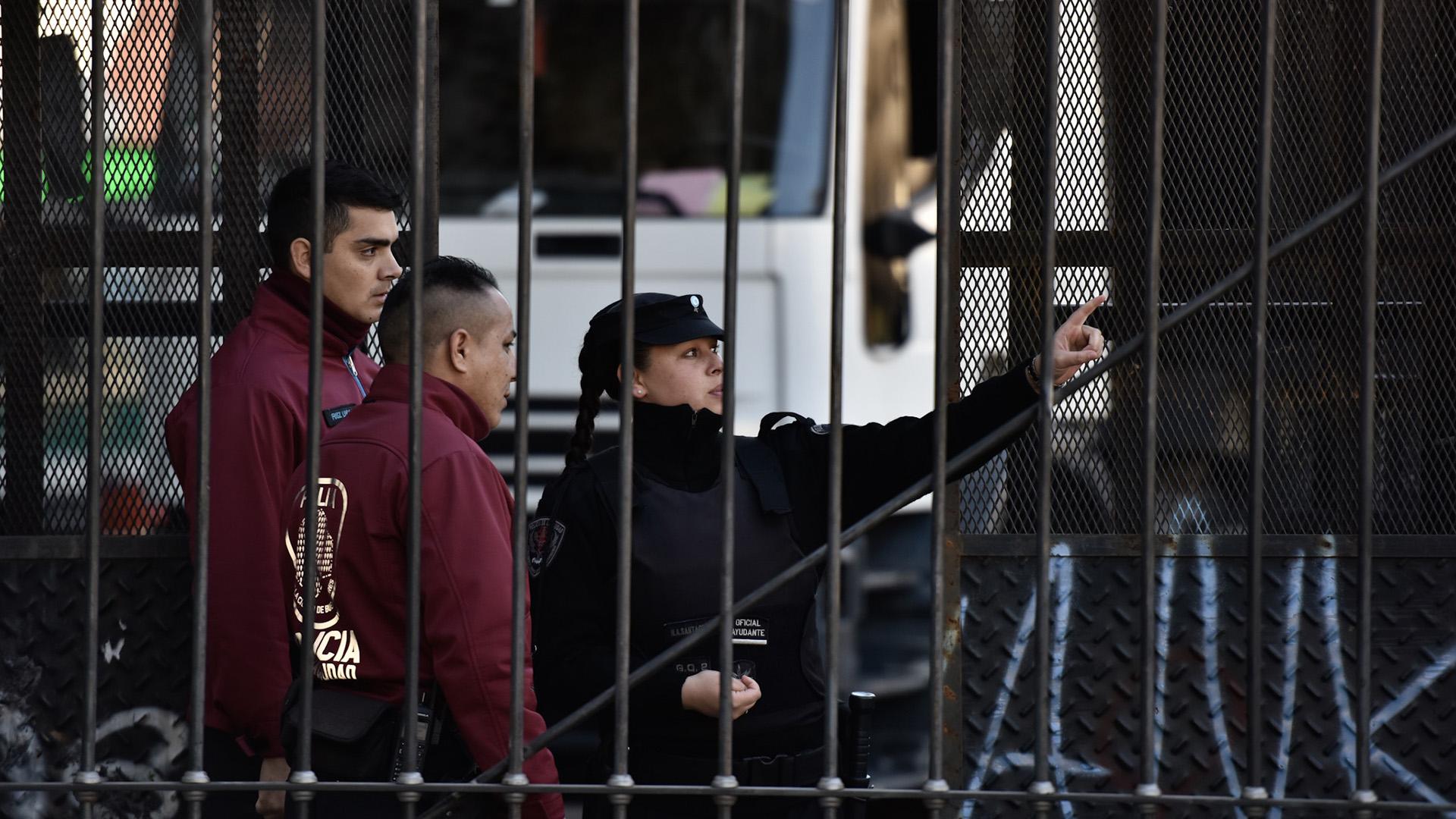 La Policía de la Ciudad de Buenos Aires custodia la Plaza