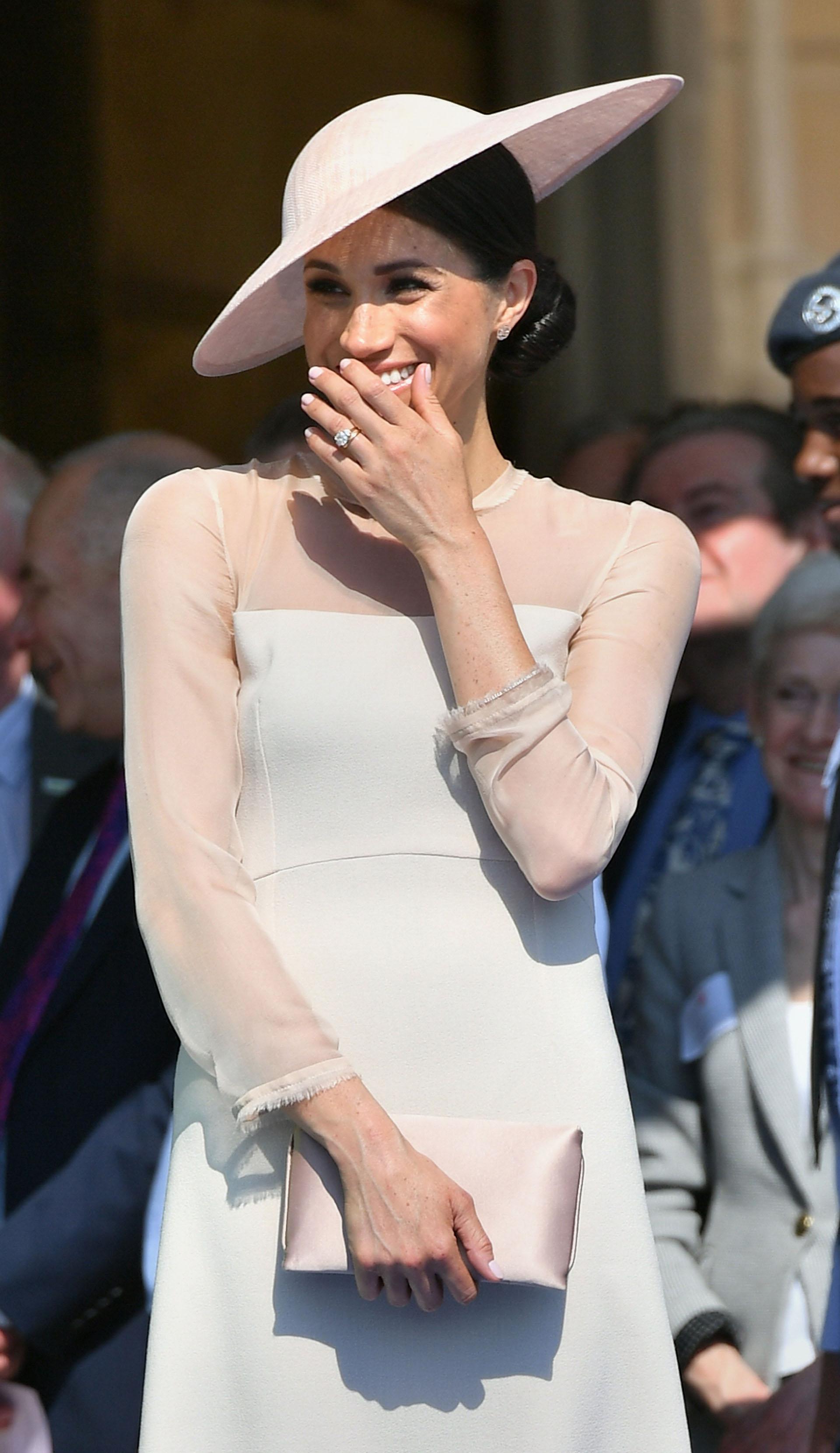 En su nuevo rol como Duquesa de Sussex, se adaptó a la etiqueta británica