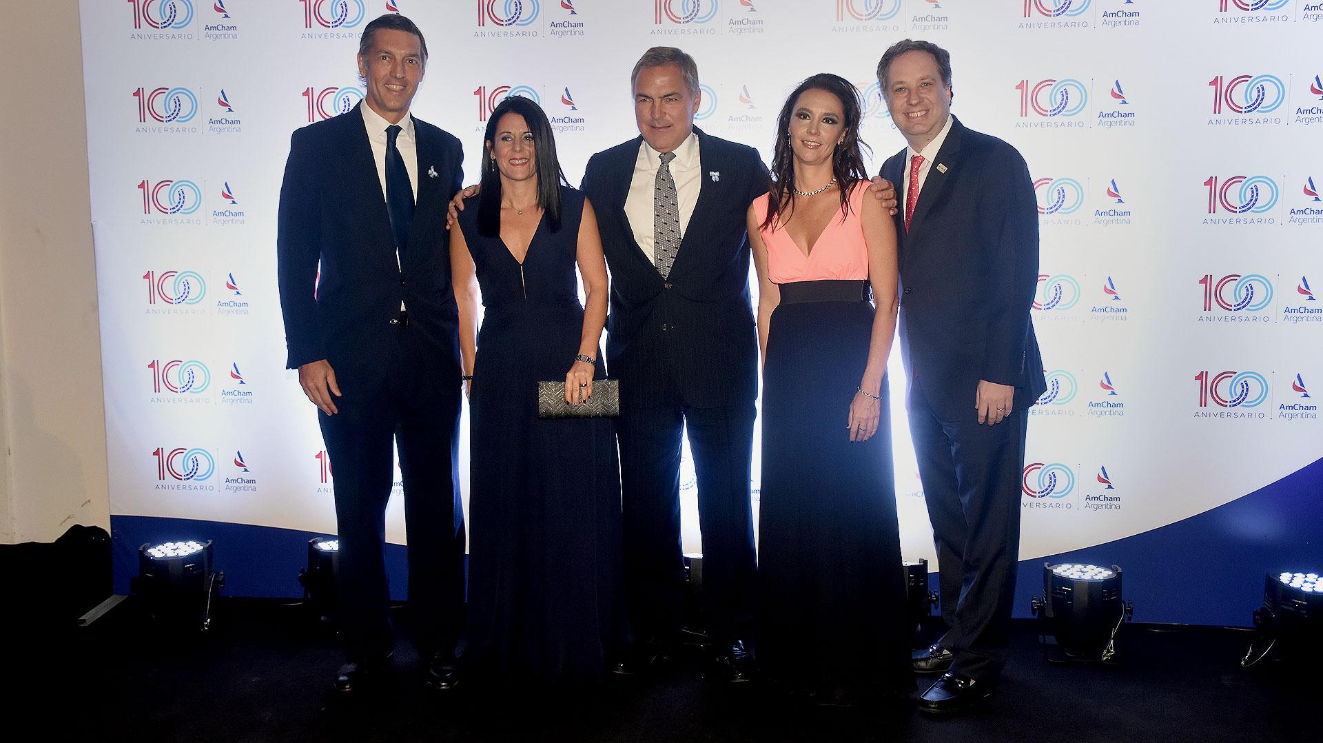 Facundo Gómez Minujín (JP Morgan y miembro del board de AmCham), Verónica Reyes, Manuel Aguirre, Florencia Salvi y Christoff Pope (United Airlines)