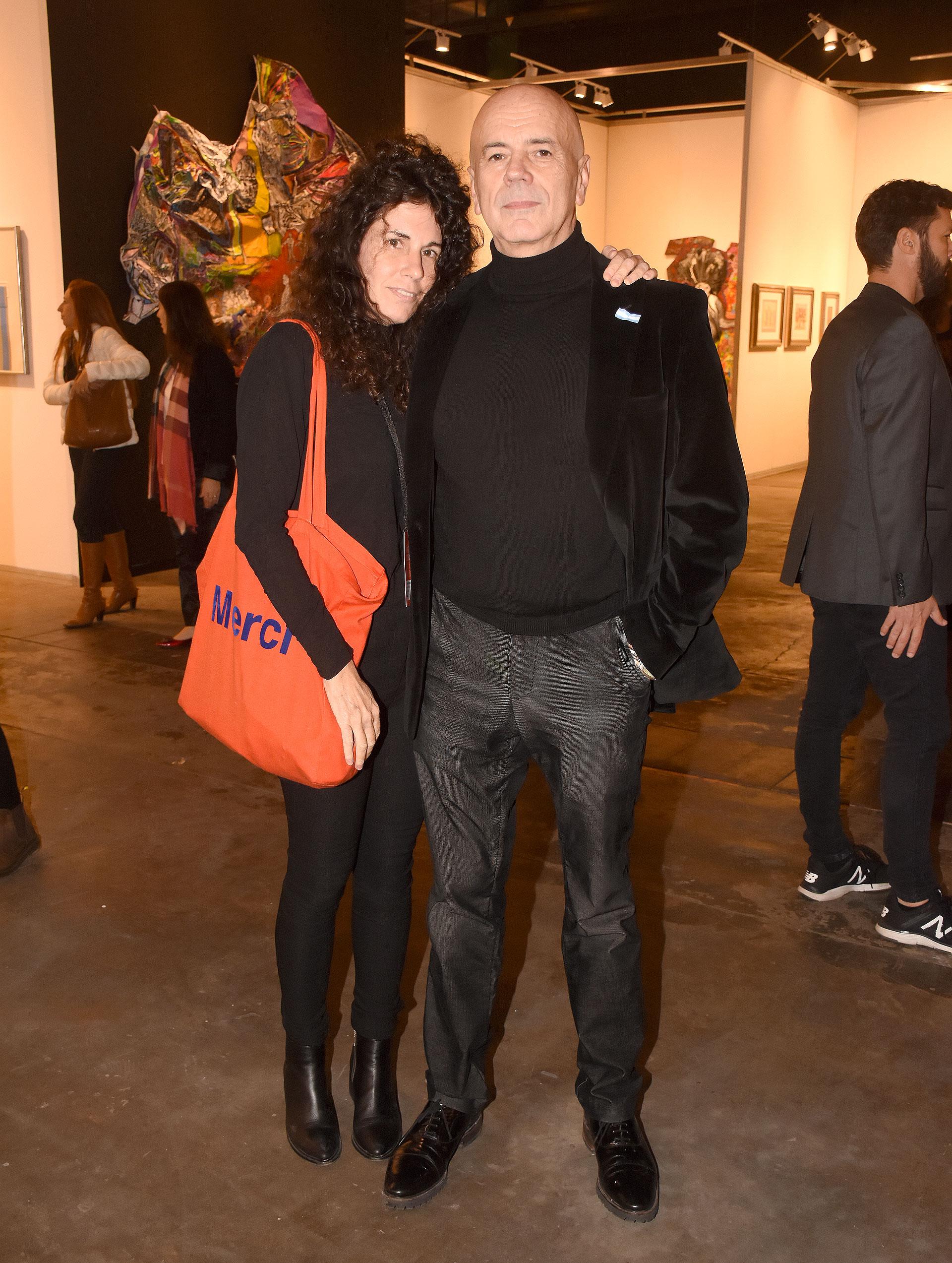 Jorge Telerman, director del Complejo Teatral de Buenos Aires, y la artista Cynthia Cohen
