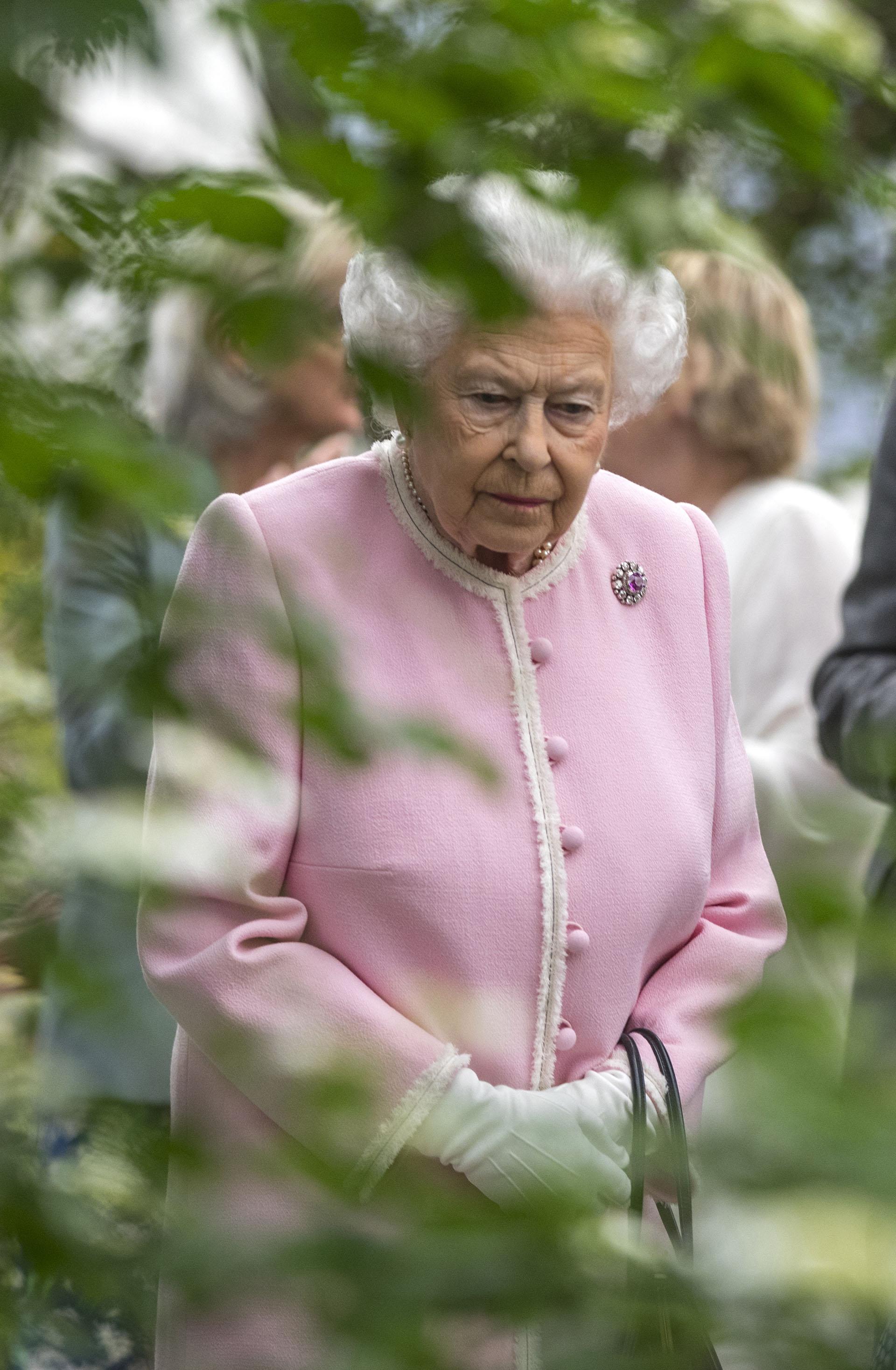 El estilo monocromo de la reina no es ninguna novedad, ya que lo adoptó desde su juventud y se convirtió en el sello de su elegancia
