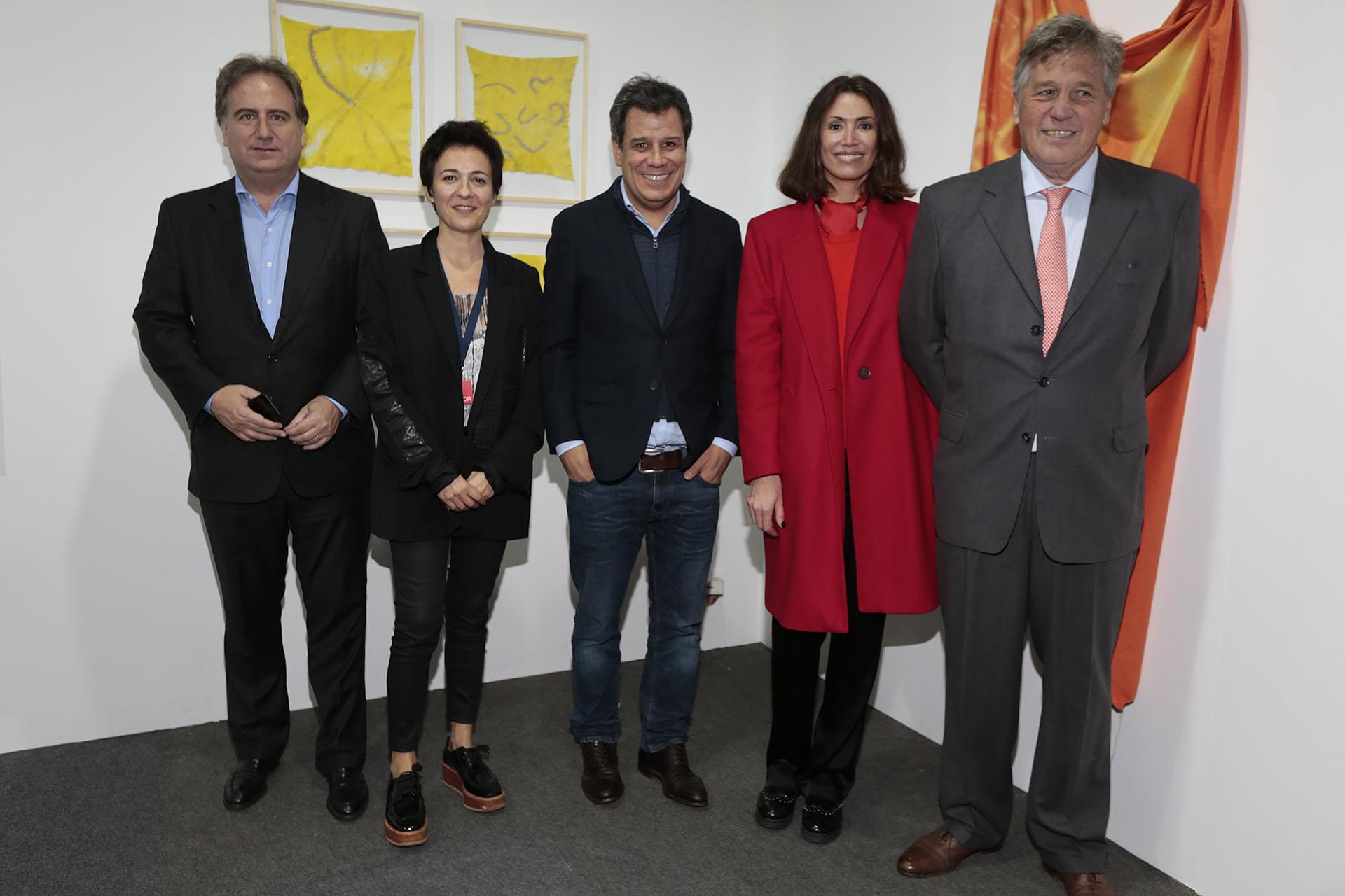 Tato Lanusse junto a Josefina y Facundo Manes, Verónica Quintana y Antonio Bullrich