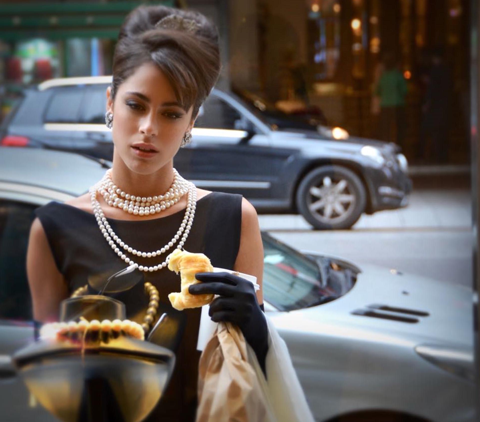 ¡El mismo ángel! Tini Stoessel personificó a la mítica Audrey Hepburn para una producción de fotos realizada por Cristina Pérez