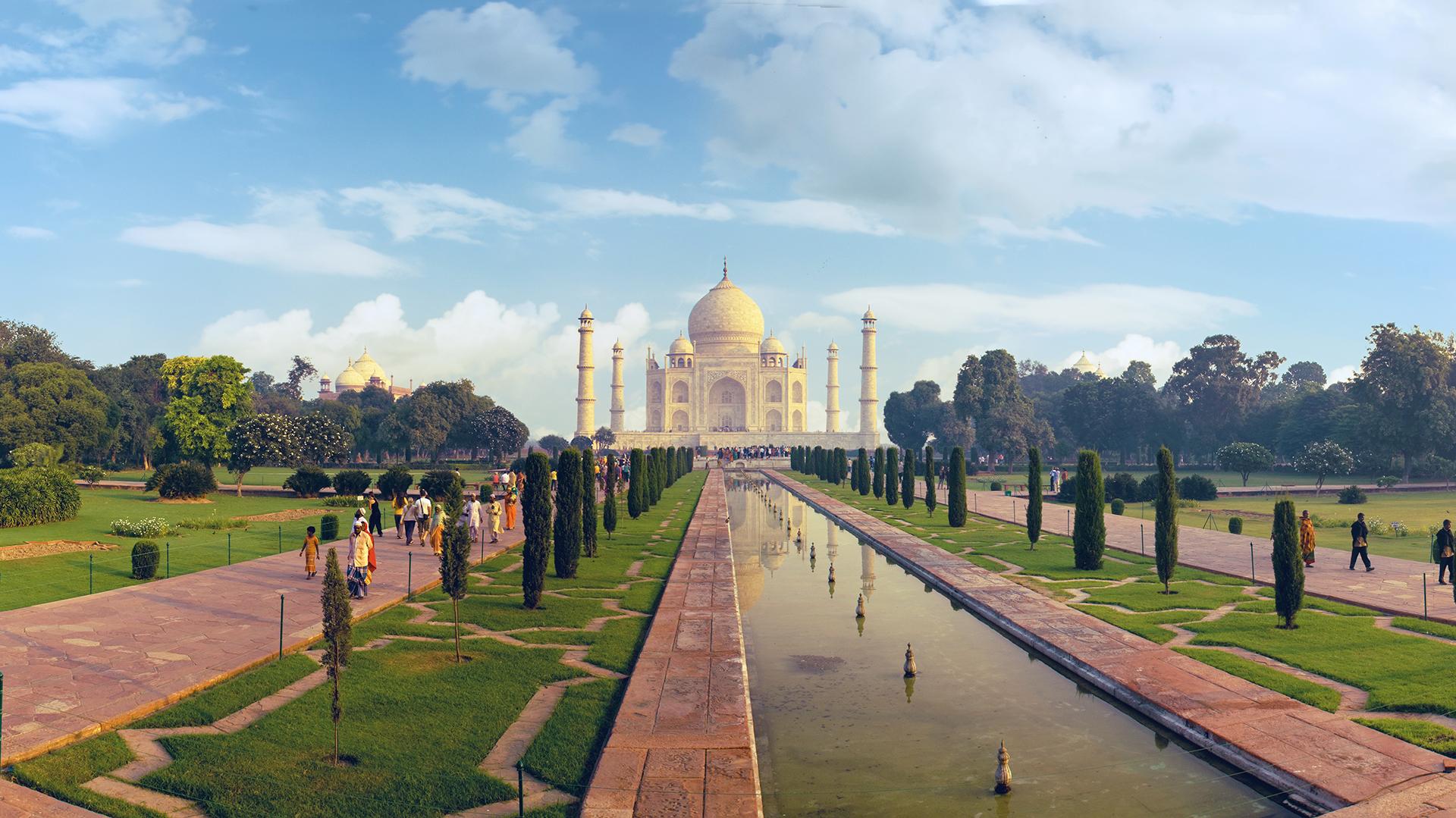El Taj Majal, ubicado en la ciudad de Agra, India, esconde una increíble historia de amor (Getty)