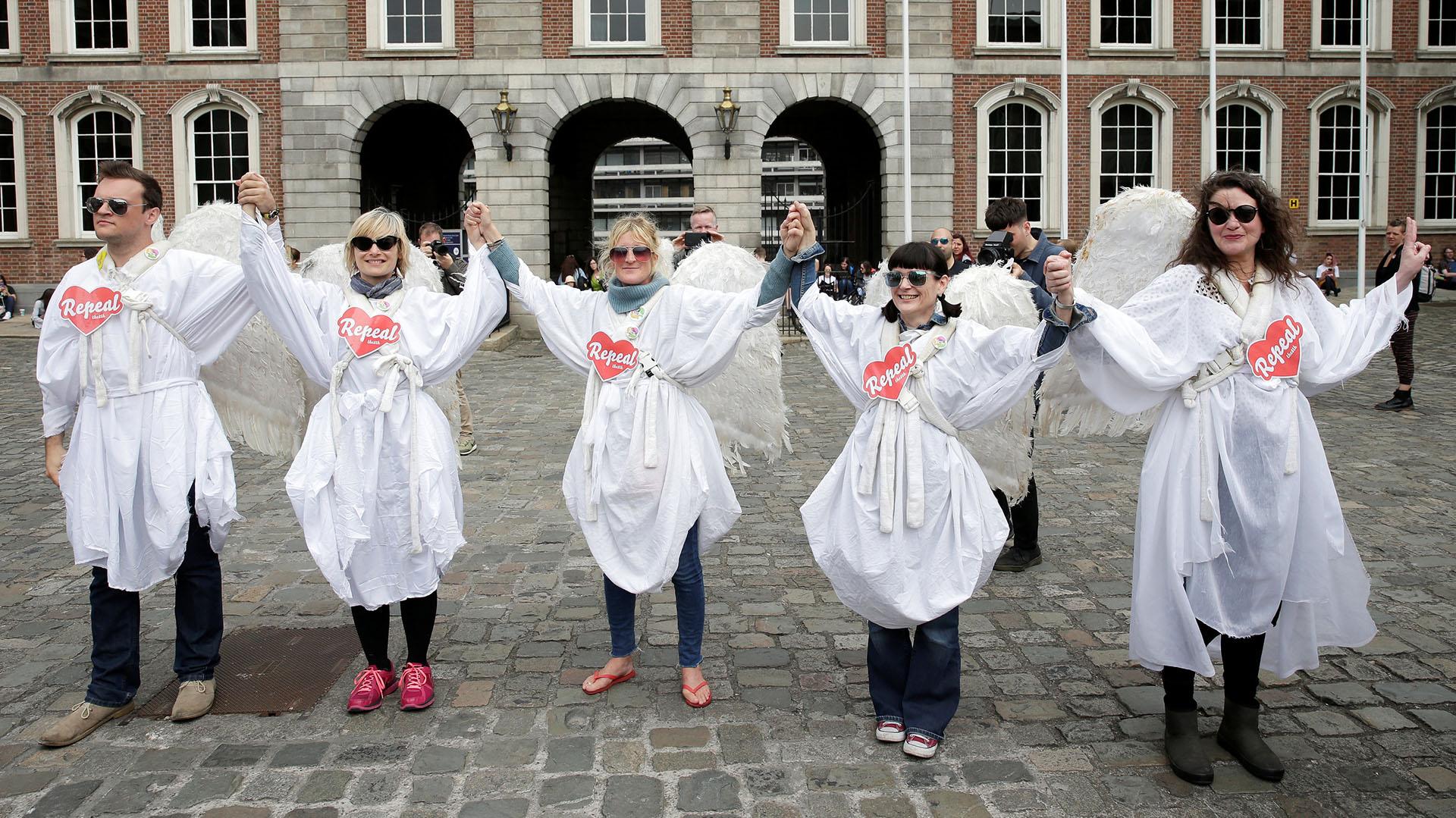 Festejos en Dublin por la liberalización del aborto (REUTERS/Max Rossi)