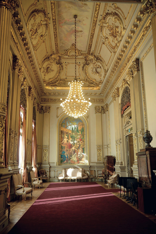 Los líderes del mundo compartirán una comida en el imponente Salón Dorado.