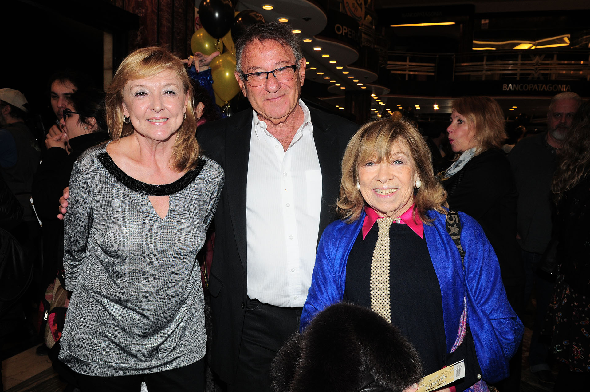 Alicia Garré, presidente de la Cooperadora del Hospital de Niños; Gerardo Gerson, presidente de AMCA; y Fanny Mandelbaun