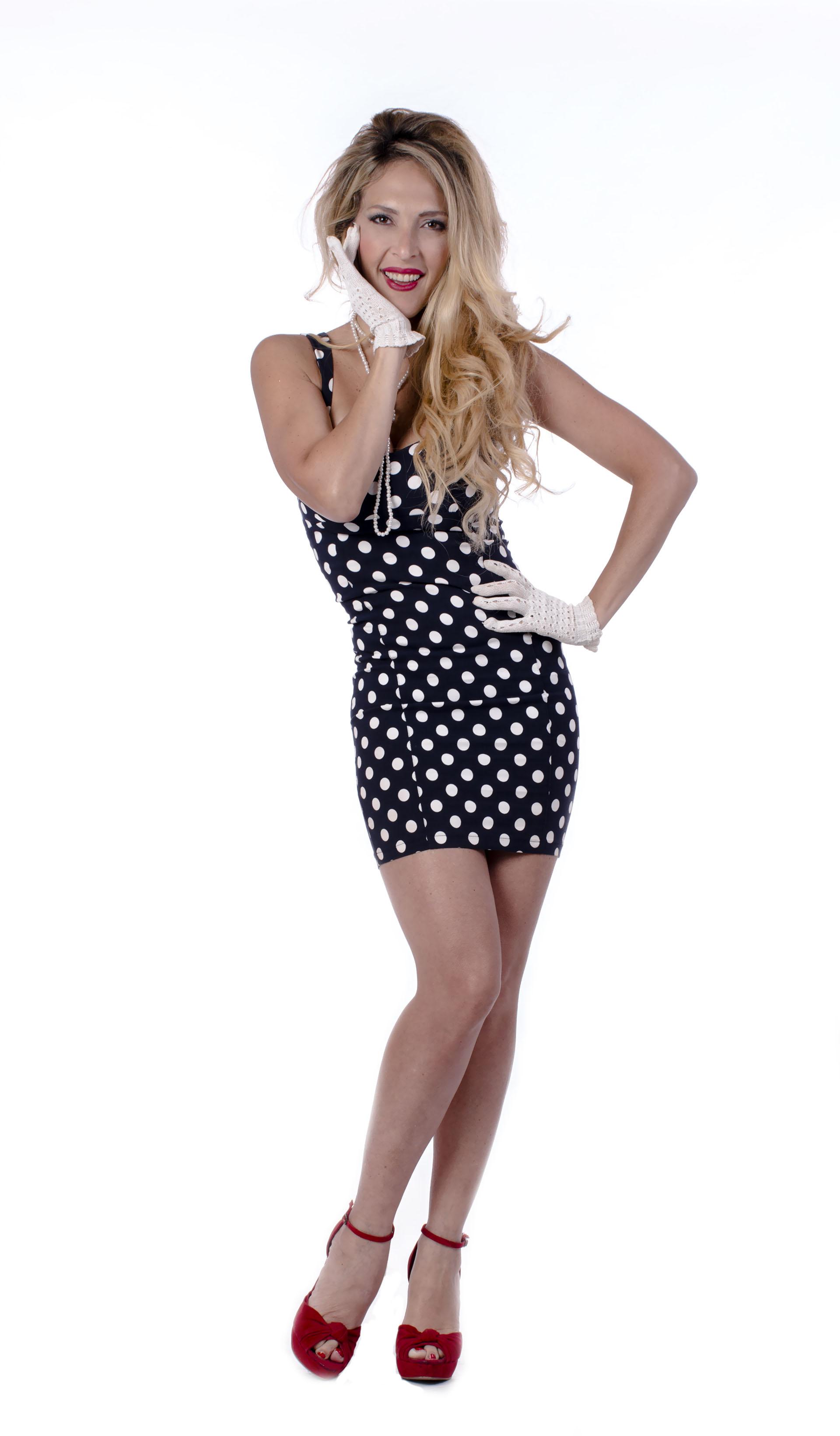 Lorena Liggi, dueña de un cuerpo infartante, posó muy sexy para esta producción