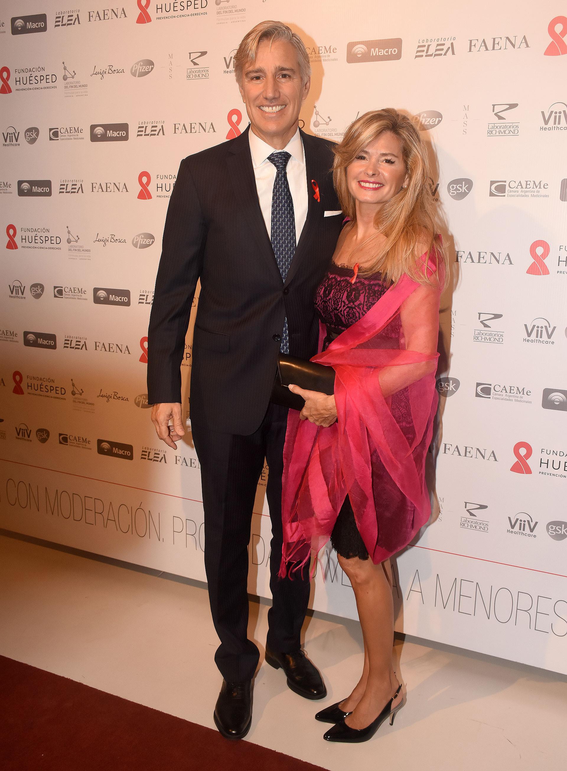 Marcelo Figueiras, presidente de Laboratorios Richmond, y su mujer María Laura Leguizamón