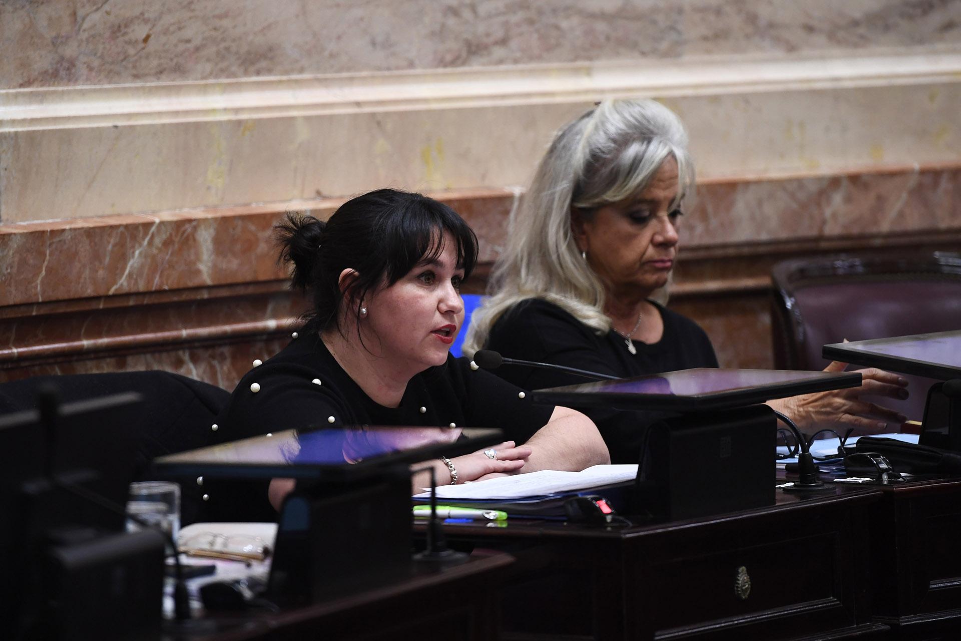 La senadora Ana Claudia Almirón