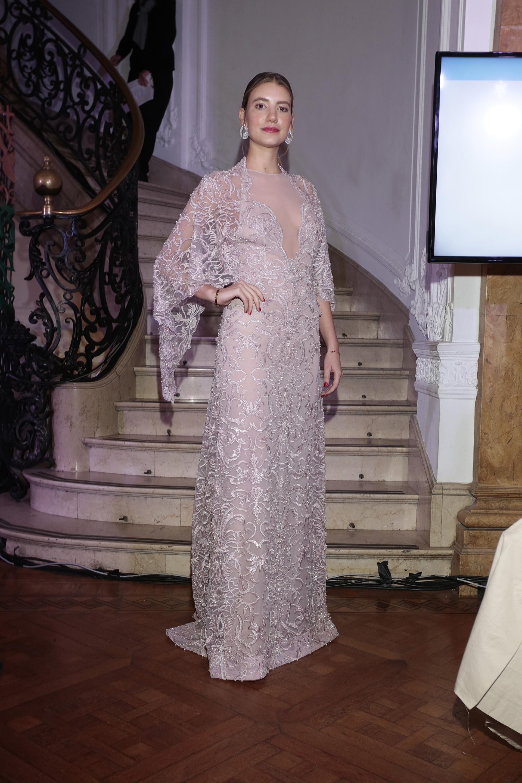 Angie Landaburu, fabulosa con un vestido de la colección de Gabriel Lage