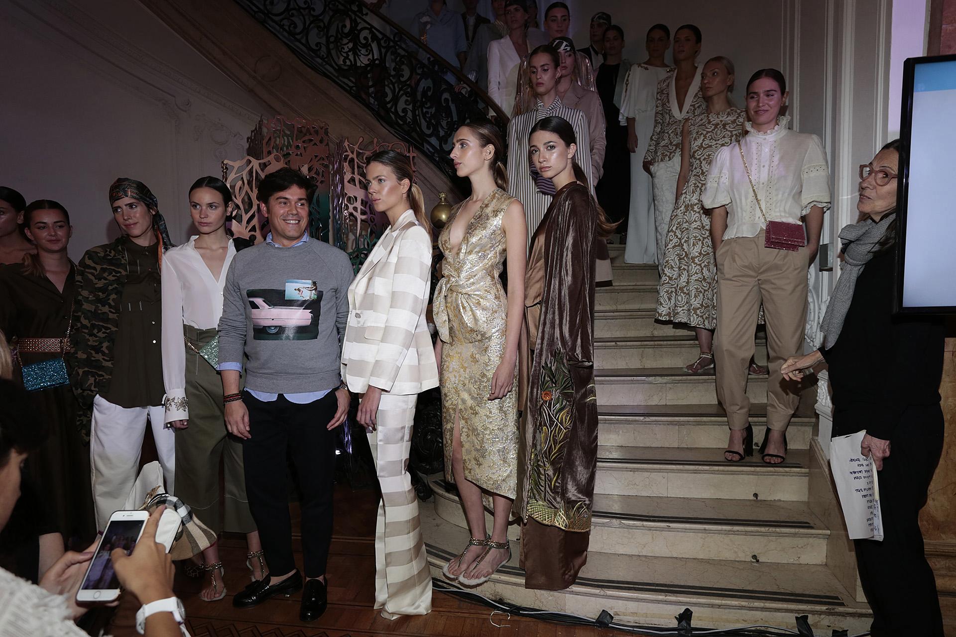 Jorge Vázquez,el diseñador español, presentó su última colección y fue ovacionado