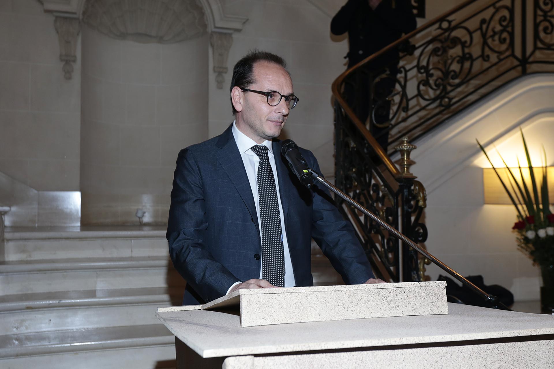 El embajador de Italia en la Argentina, Giuseppe Manzo, durante su discurso en el Aniversario del Día de la RepúblicaItaliana