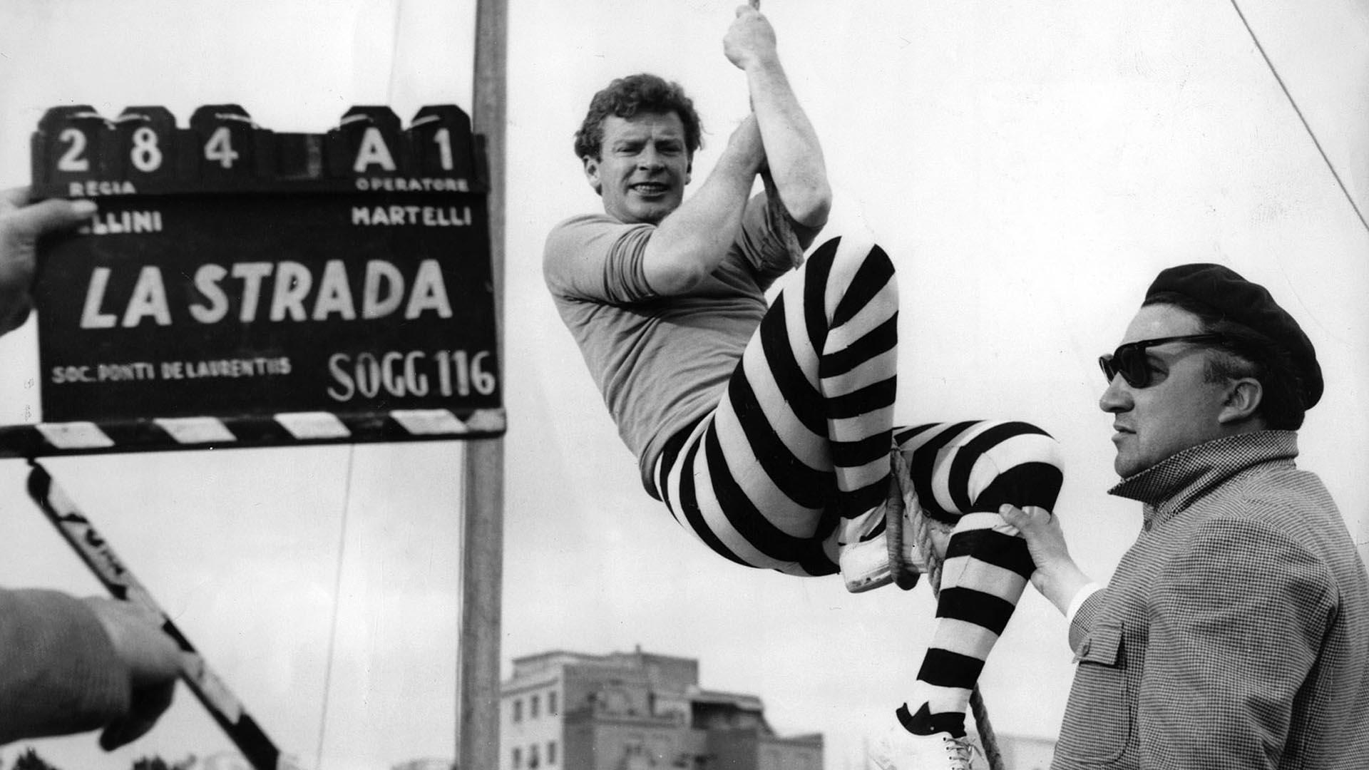 Federico Fellini Un Genio De La Cámara Que Creó Mil Mundos