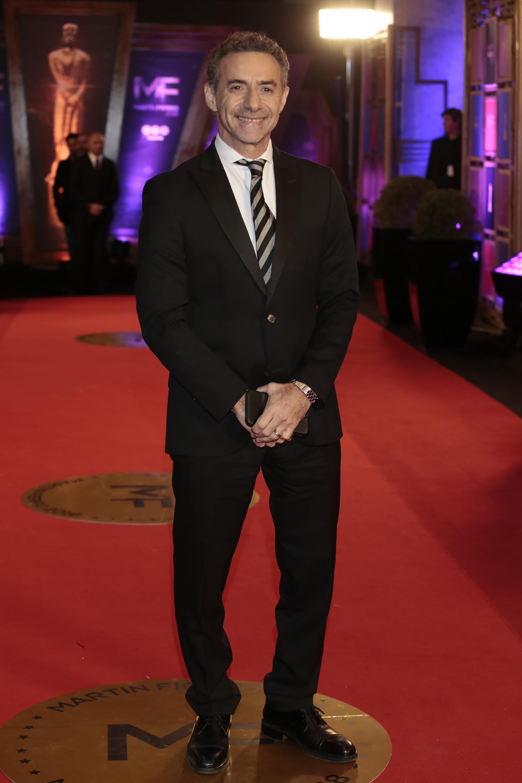 El periodista Luis Majul, con un traje clásico negro