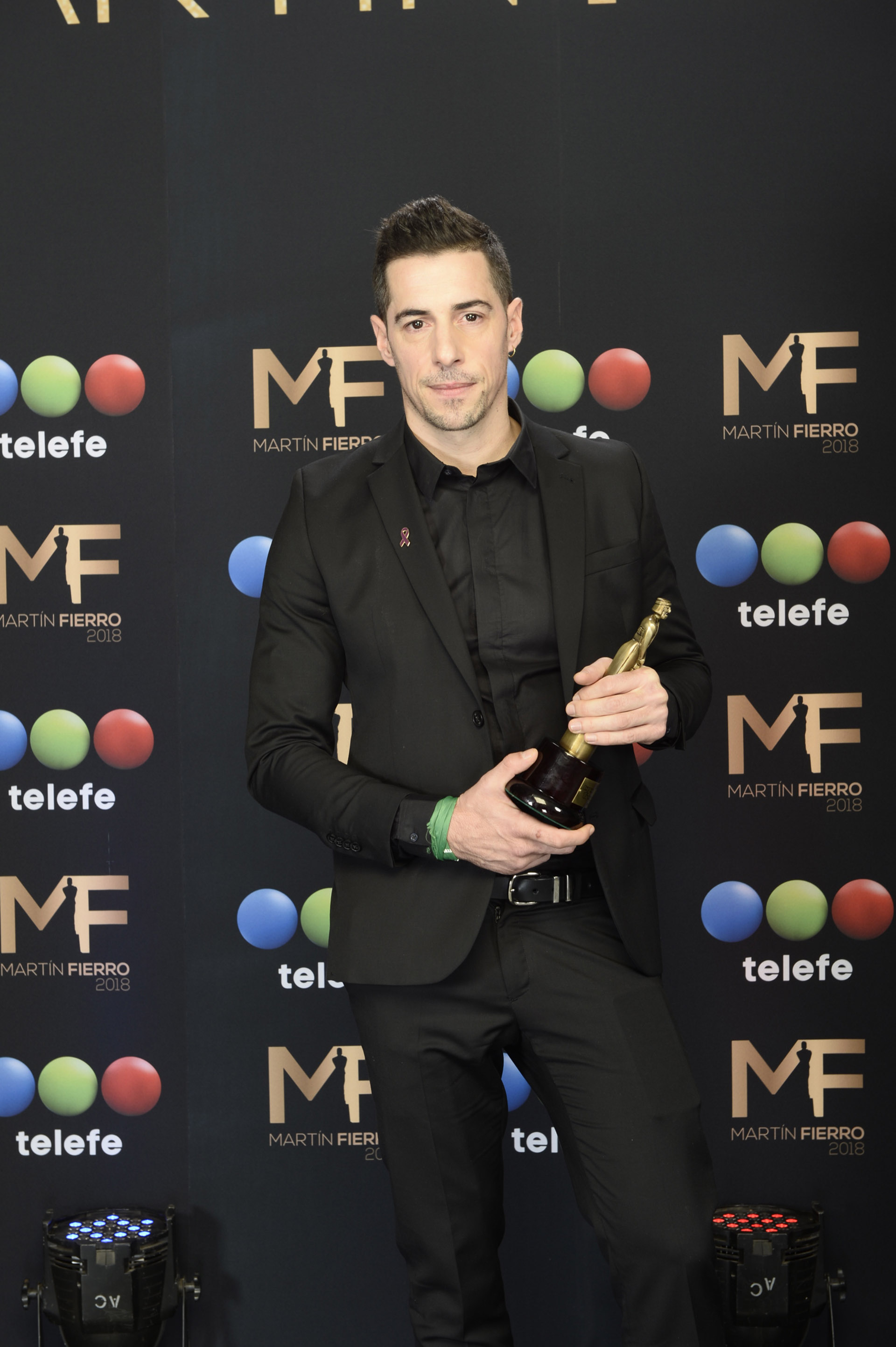 """Esteban Lamothe se llevó el premio a Mejor Actor Protagonista de Ficción Diaria por su papel en """"Las Estrellas"""""""