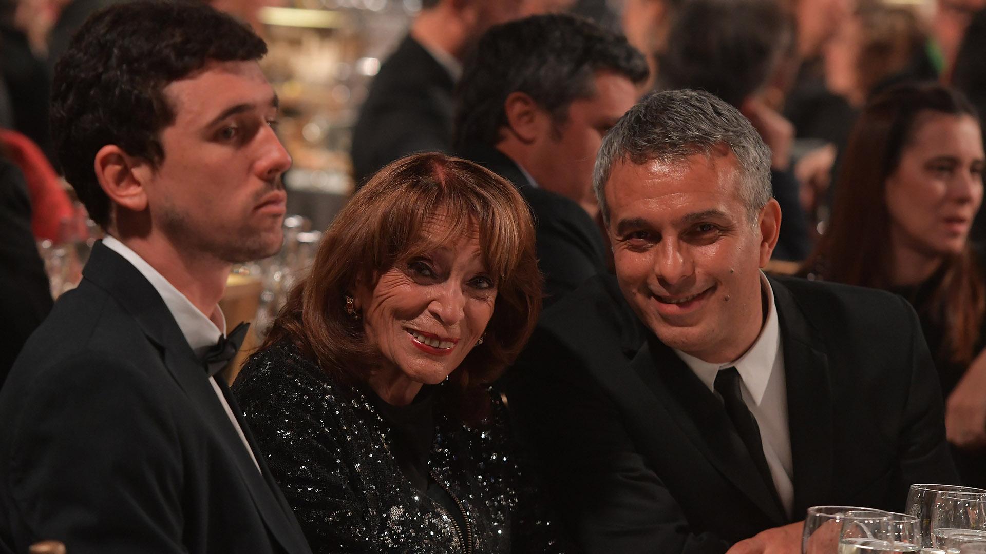 Magdalena Ruiz Guiñazú y Mario Massaccesi compartieron mesa en los Martín Fierro 2018