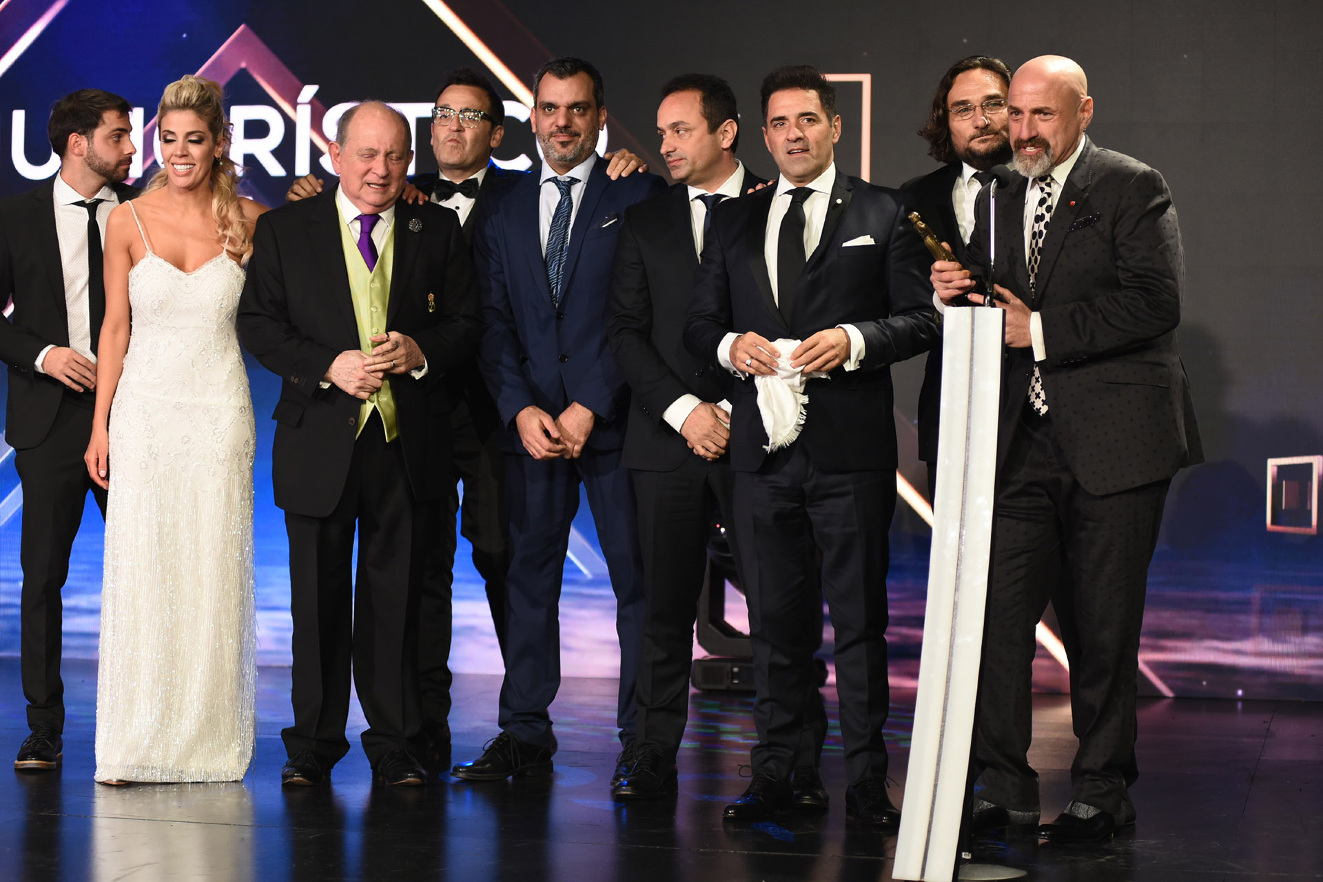 """Gustavo Sofovich agradeció el premio a """"Polémica en el bar"""" como Mejor Programa Humorístico"""