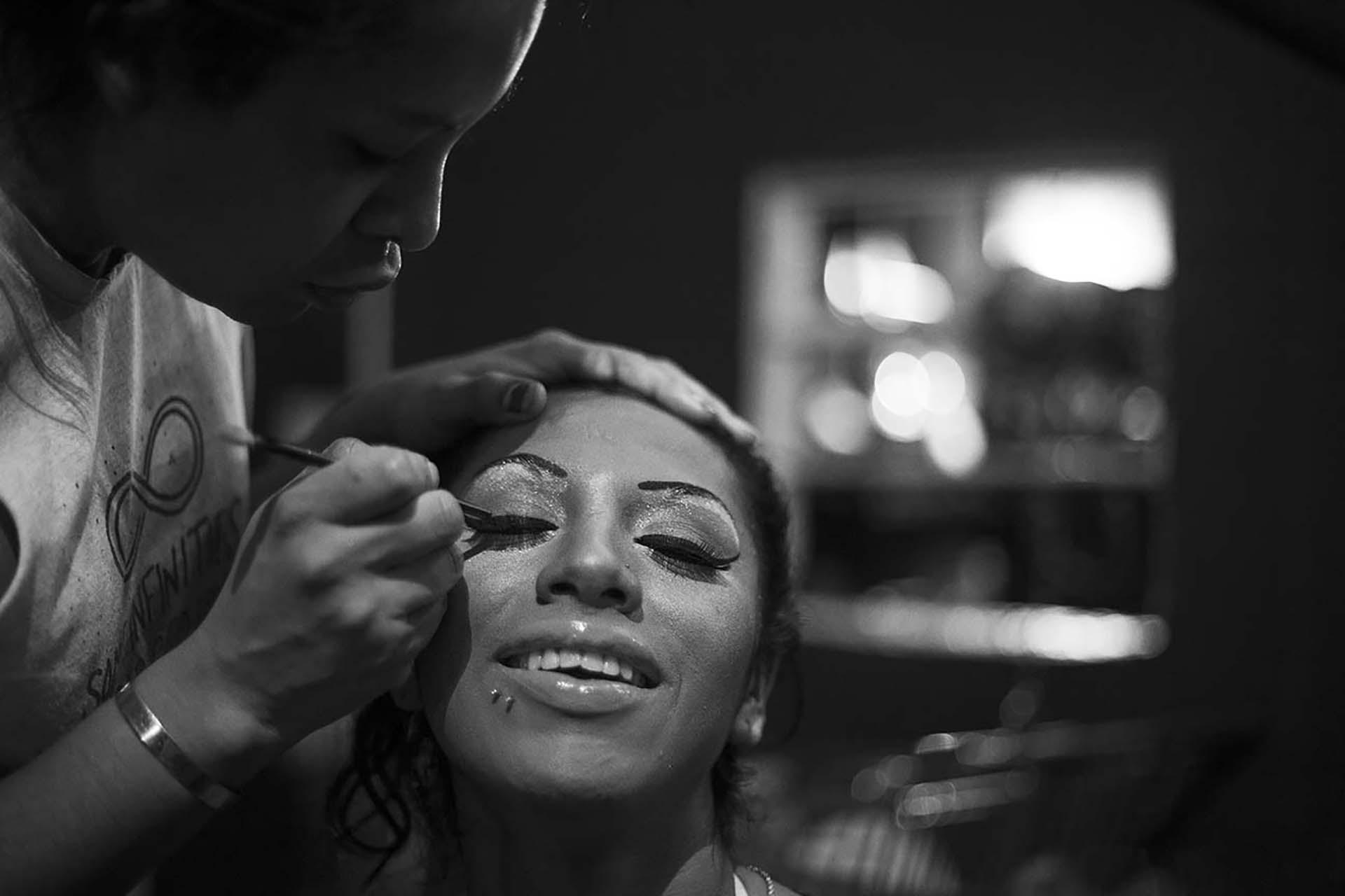 Rihanna Rios, maquillándose en El Gondolín