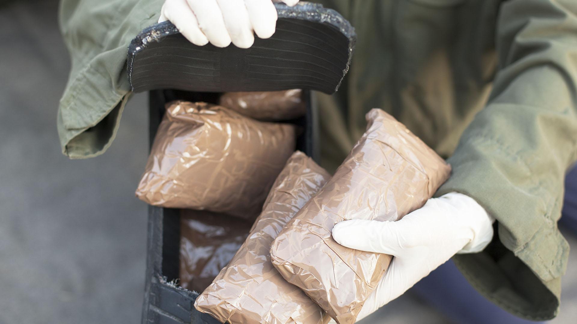 El oficial de la Policía consumía la droga que decomisaba ara poder rendir en sus labores. (Getty)