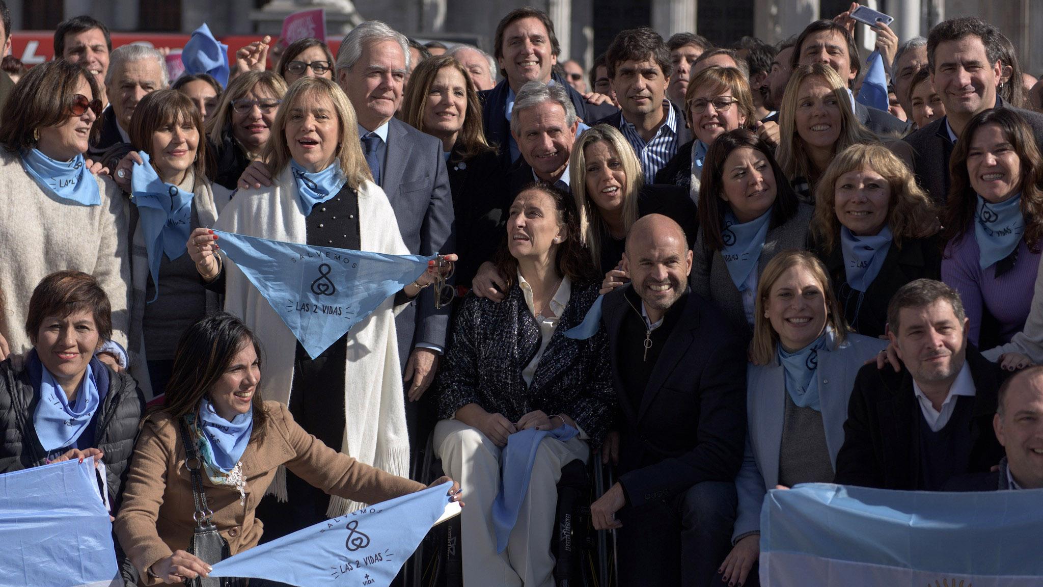 Gabriela Michetti se mostró muy emocionada durante el evento