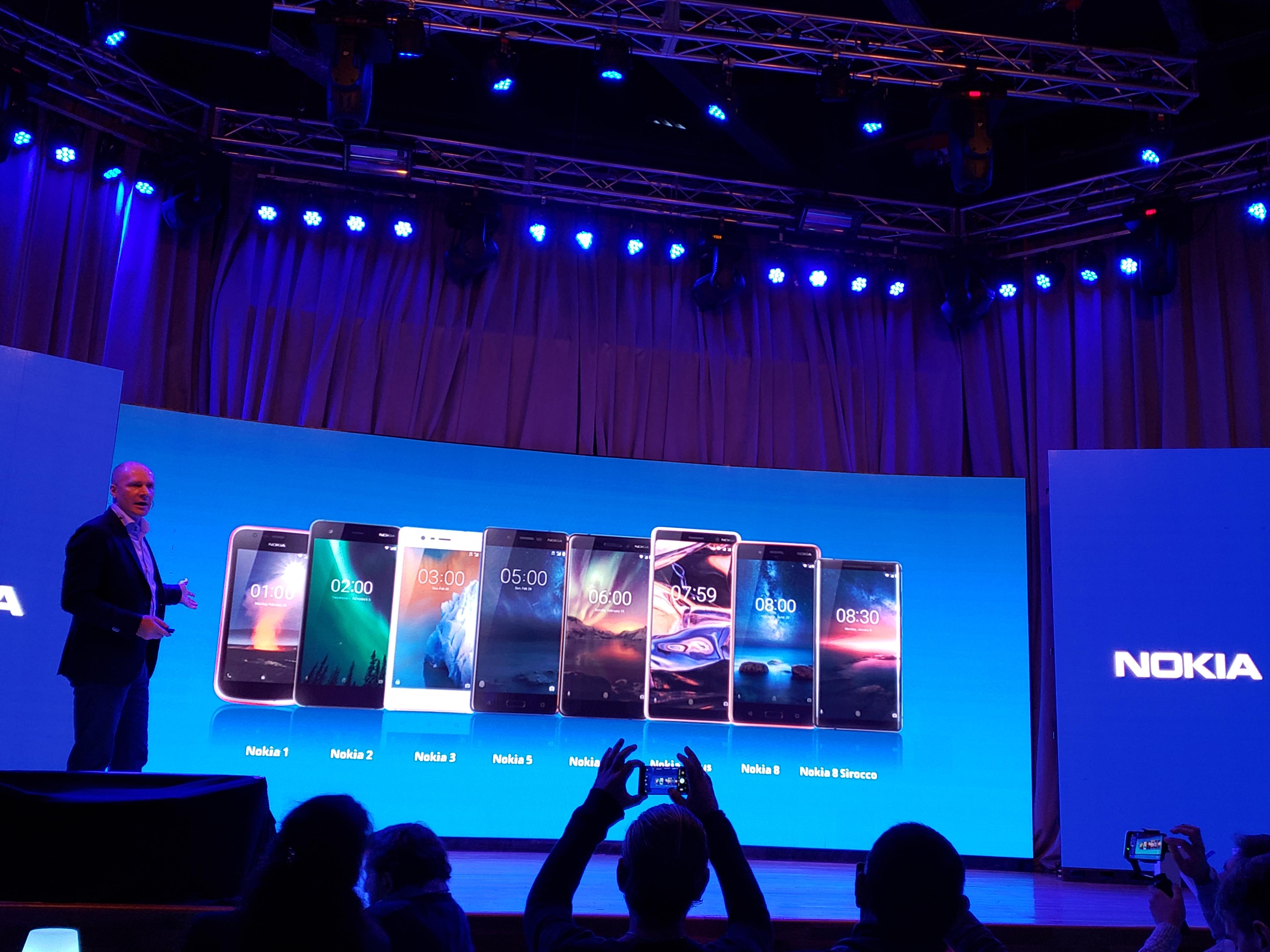 Nokia desembarca con tres modelos pero planea lanzar todo su portafolio de productos en los próximos meses