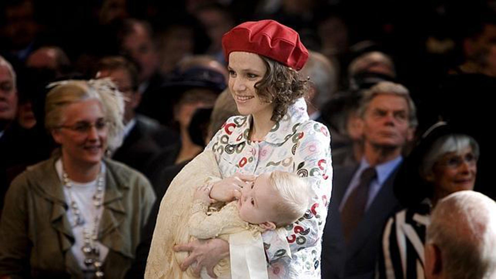 Cuando nació Ariadna Guillermina Máxima Inés -el 10 de abril de 2007-, Máxima eligió a su hermana menor como madrina de su tercera hija. La felicidad de Inesita fue total