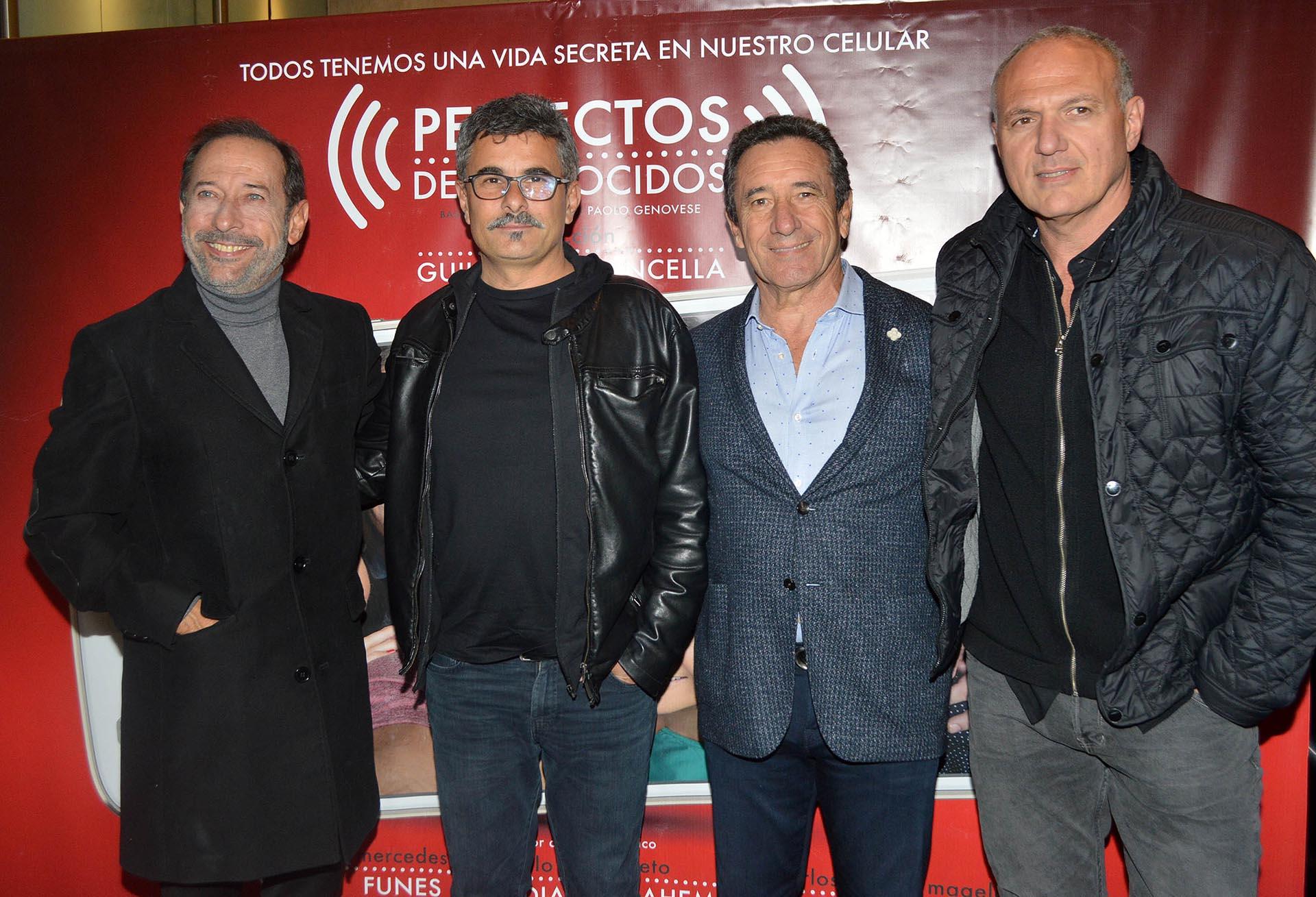 Guillermo Francella -Director de la obra-, Paolo Genovese -Autor y Director de la película- , Luis Scalella -Productor- y Pablo Kompel -CEO del Paseo La Plaza.