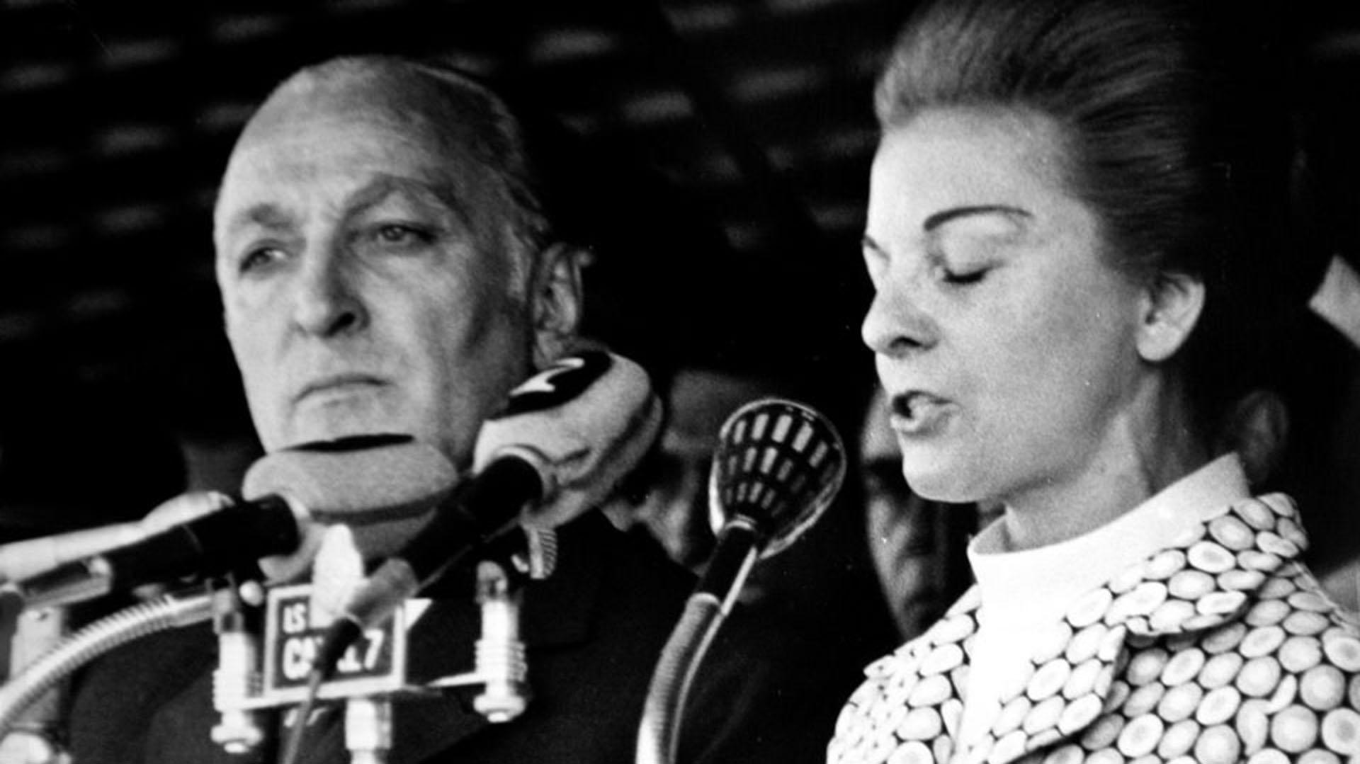 """José López Rega: el poder, los crímenes y el dominio sobre Perón e Isabel  que """"El Brujo"""" logró con oscuros ritos esotéricos - Infobae"""