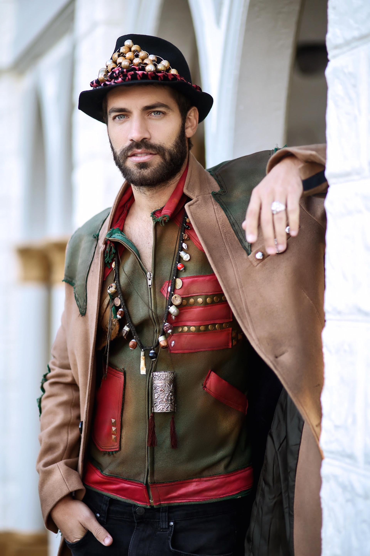 Benjamín Alfonso como el príncipe del musical Rapunzel.