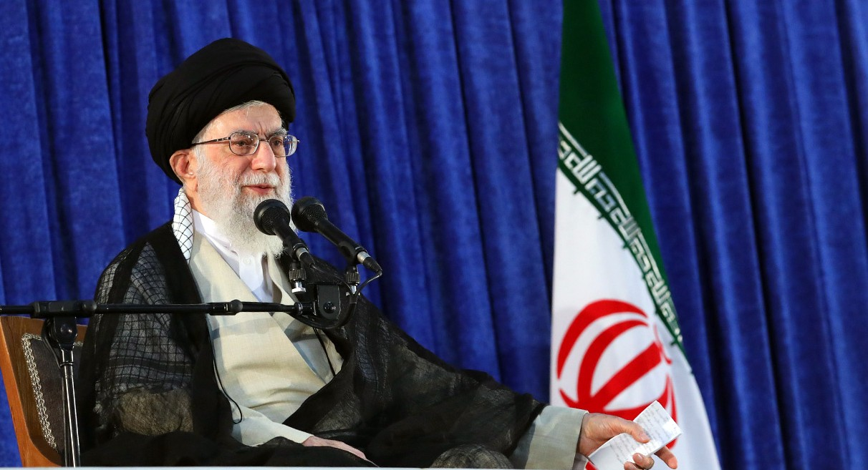 El ayatolá Ali Khamenei sucedió a Khomeini en 1989 (AFP PHOTO)