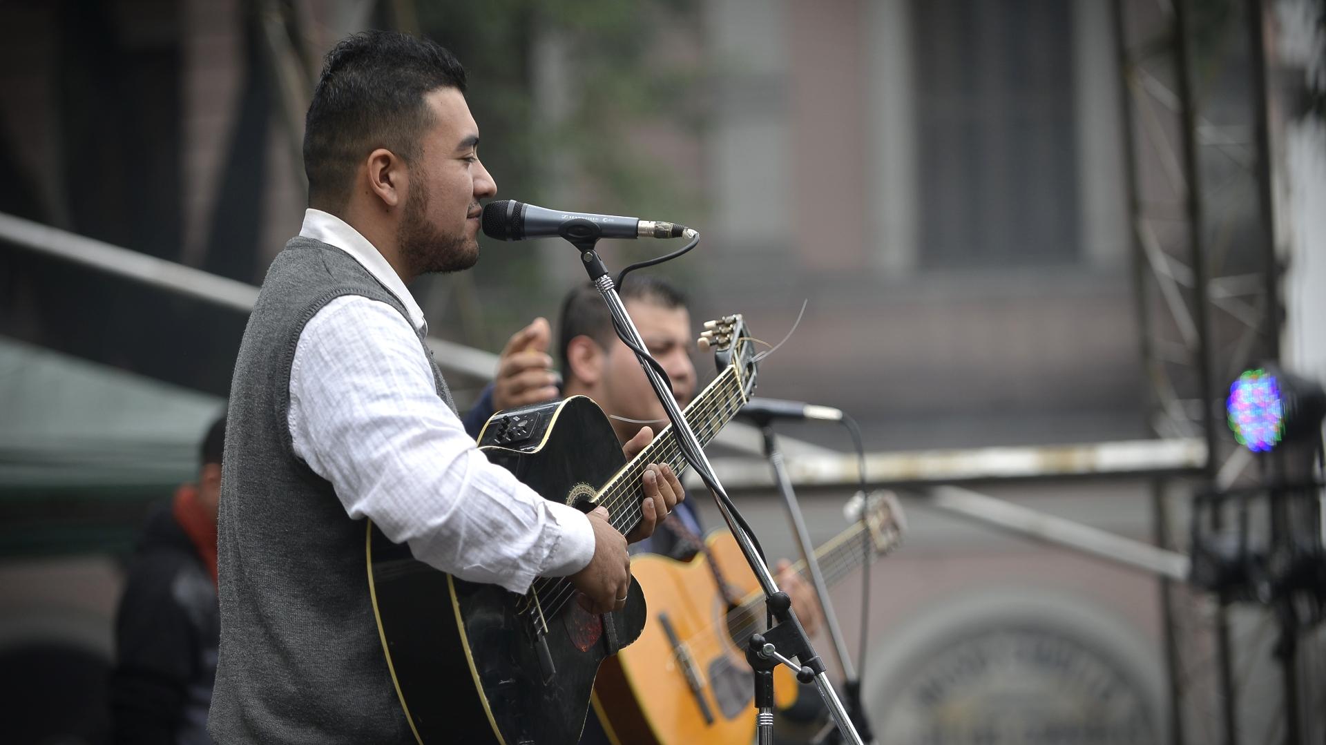 El folckore fue el género musical que más se escuchó en Mataderos