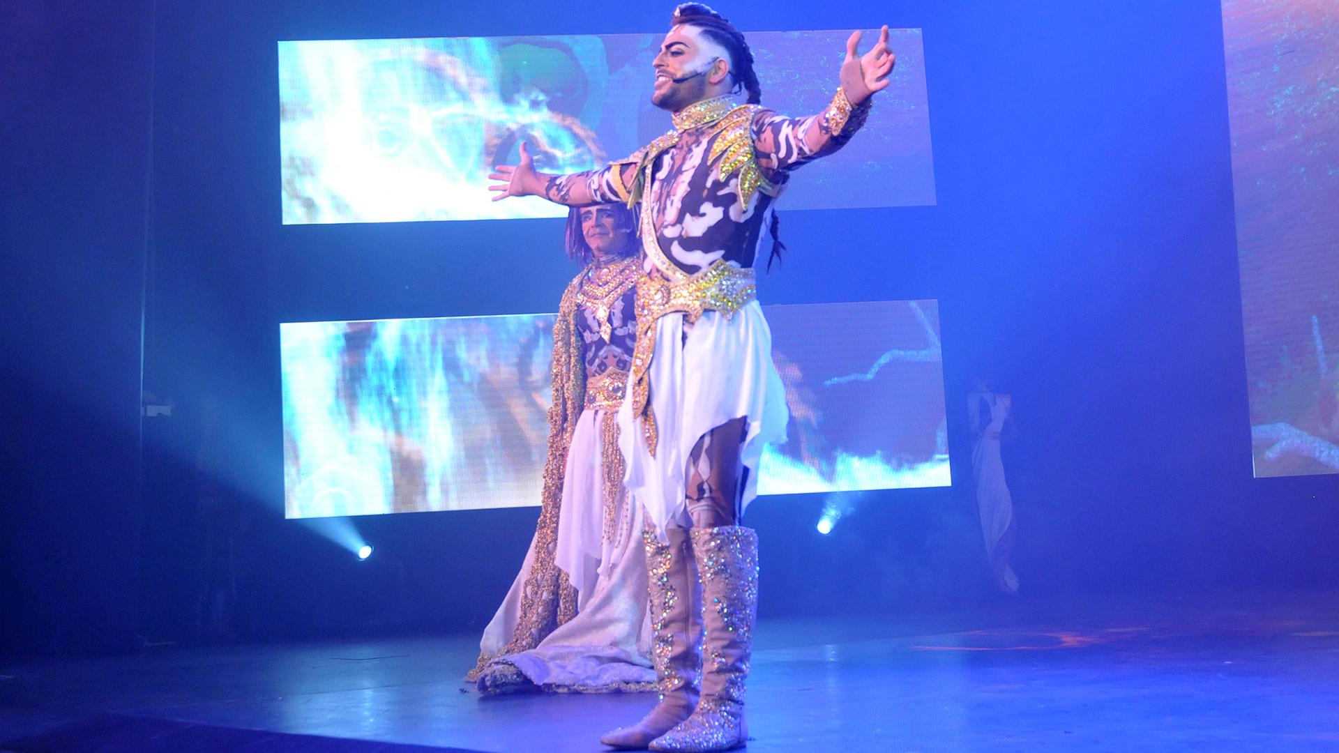 """Facundo Mazzei, protagonista y coreógrafo del musical """"Siddhartha"""" (Prensa Tomaselli)"""