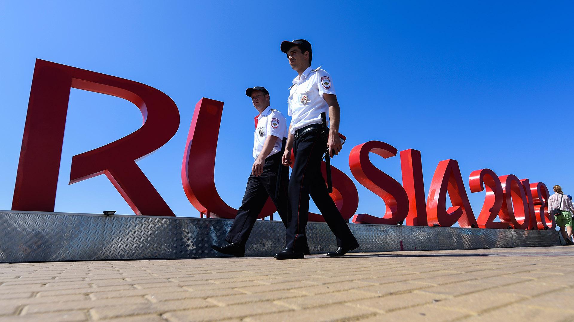 Un fuerte operativo de seguridad está en marcha en el país (AFP)