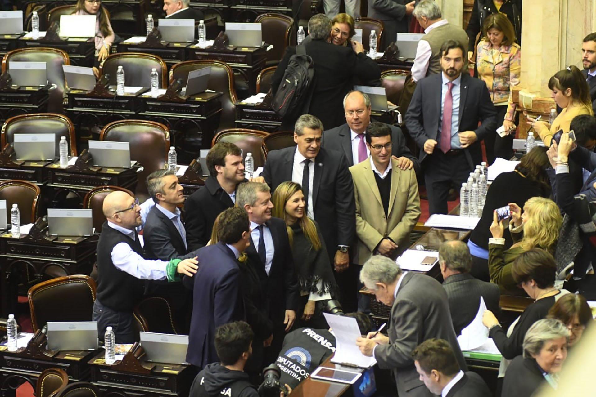 La previa del debate en Diputados (Foto: Fabián Ramella)
