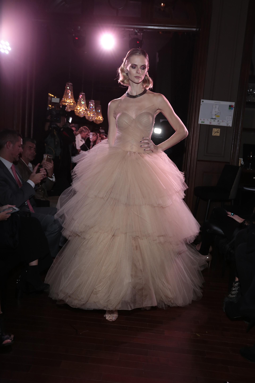 El vestido que lució Pampita en los Martín Fierro