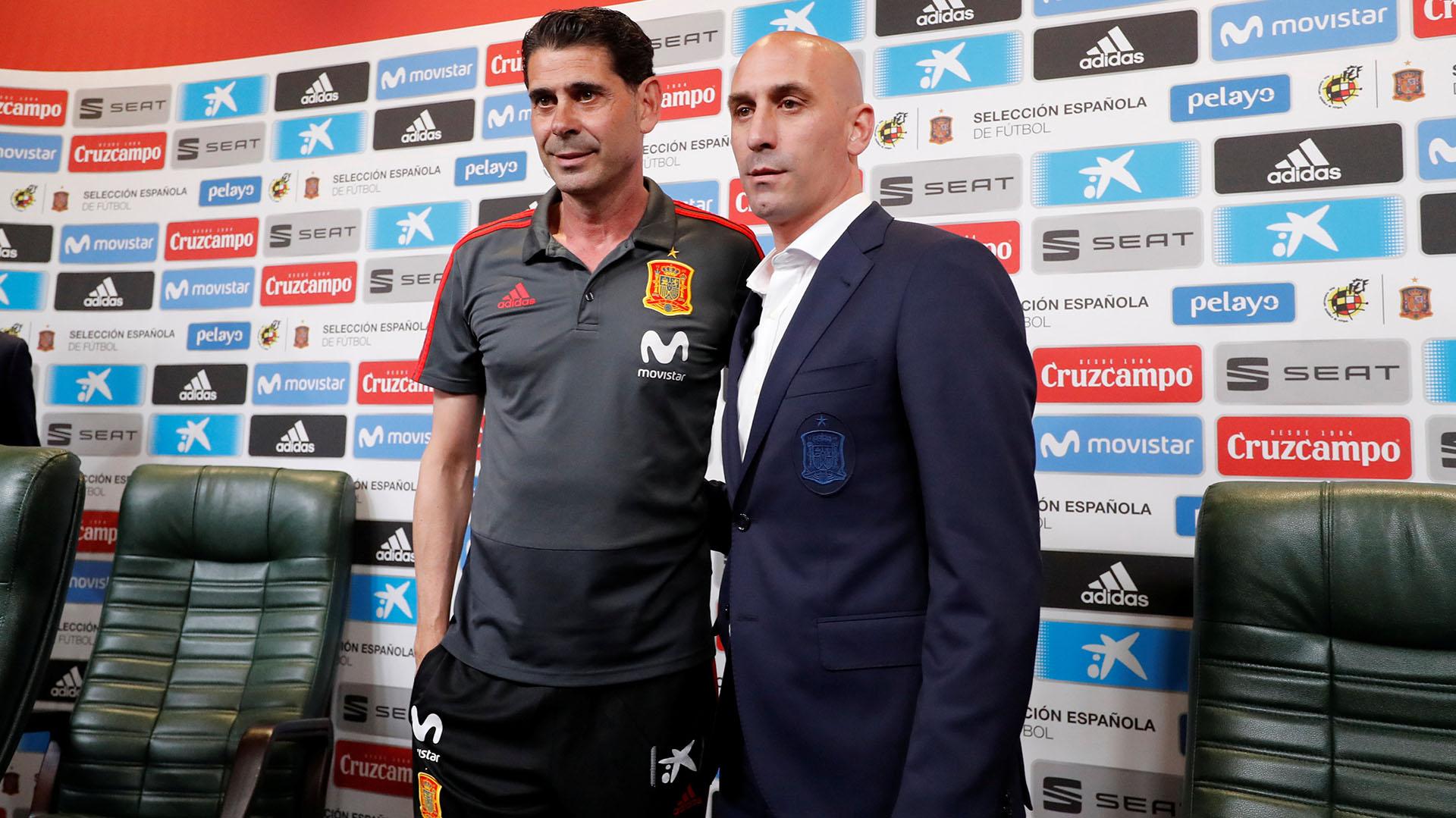 Fernando Hierro asumió como nuevo entrenador de la Selección de España tras la salida de Julen Lopetegui (Reuters)