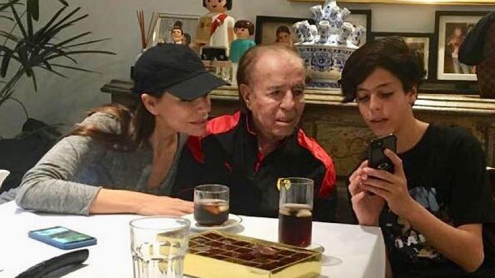 Zulemita, Carlos y Máximo Menem en un reencuentro familiar