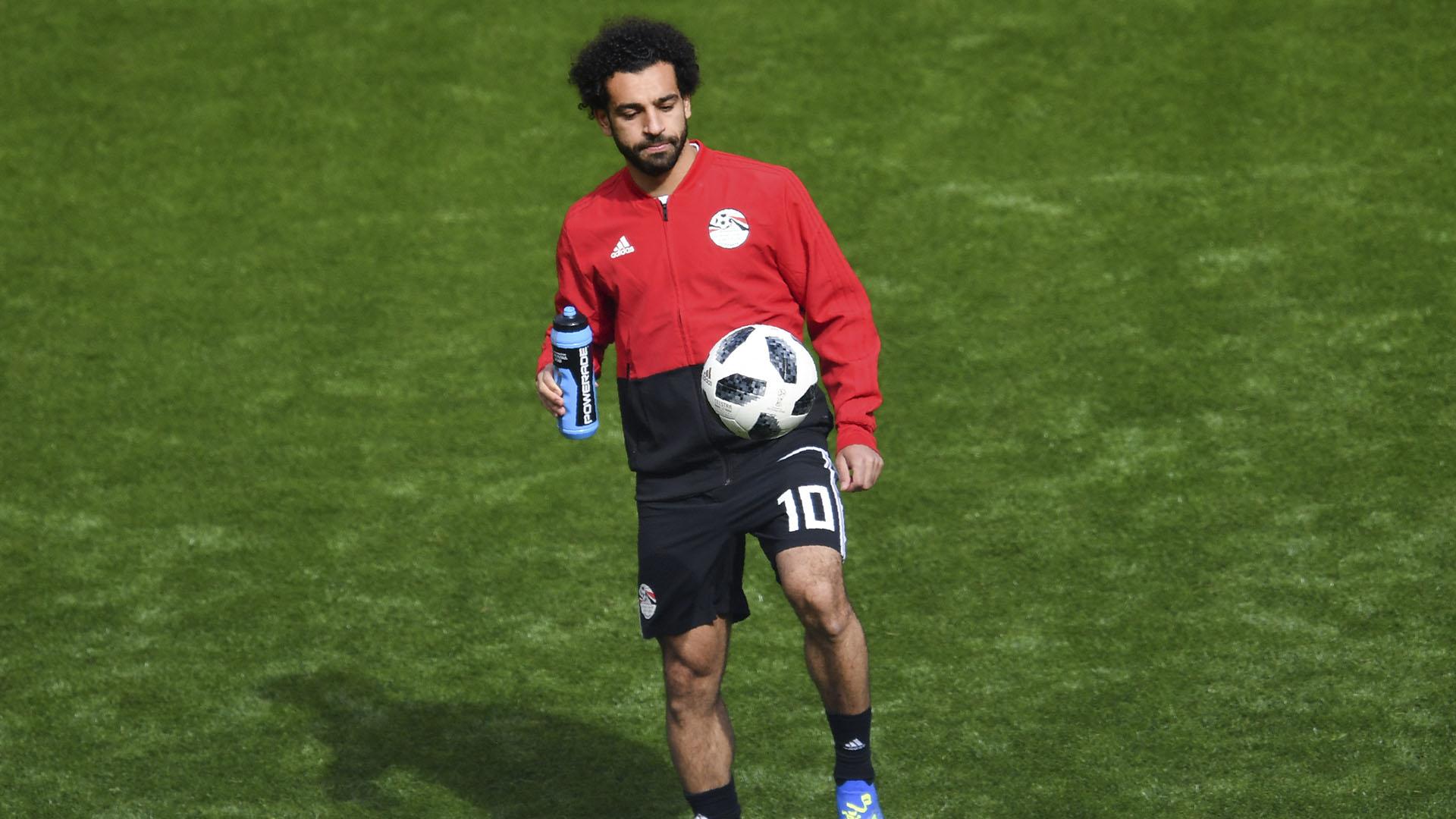 Salah está recuperándose de una lesión en el hombro