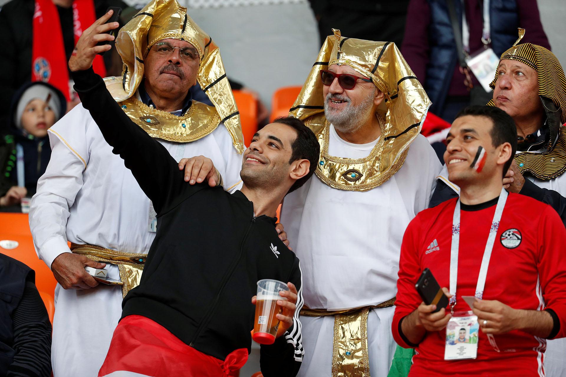 Los fanáticos de Egipto se divirtieron en la previa del partido
